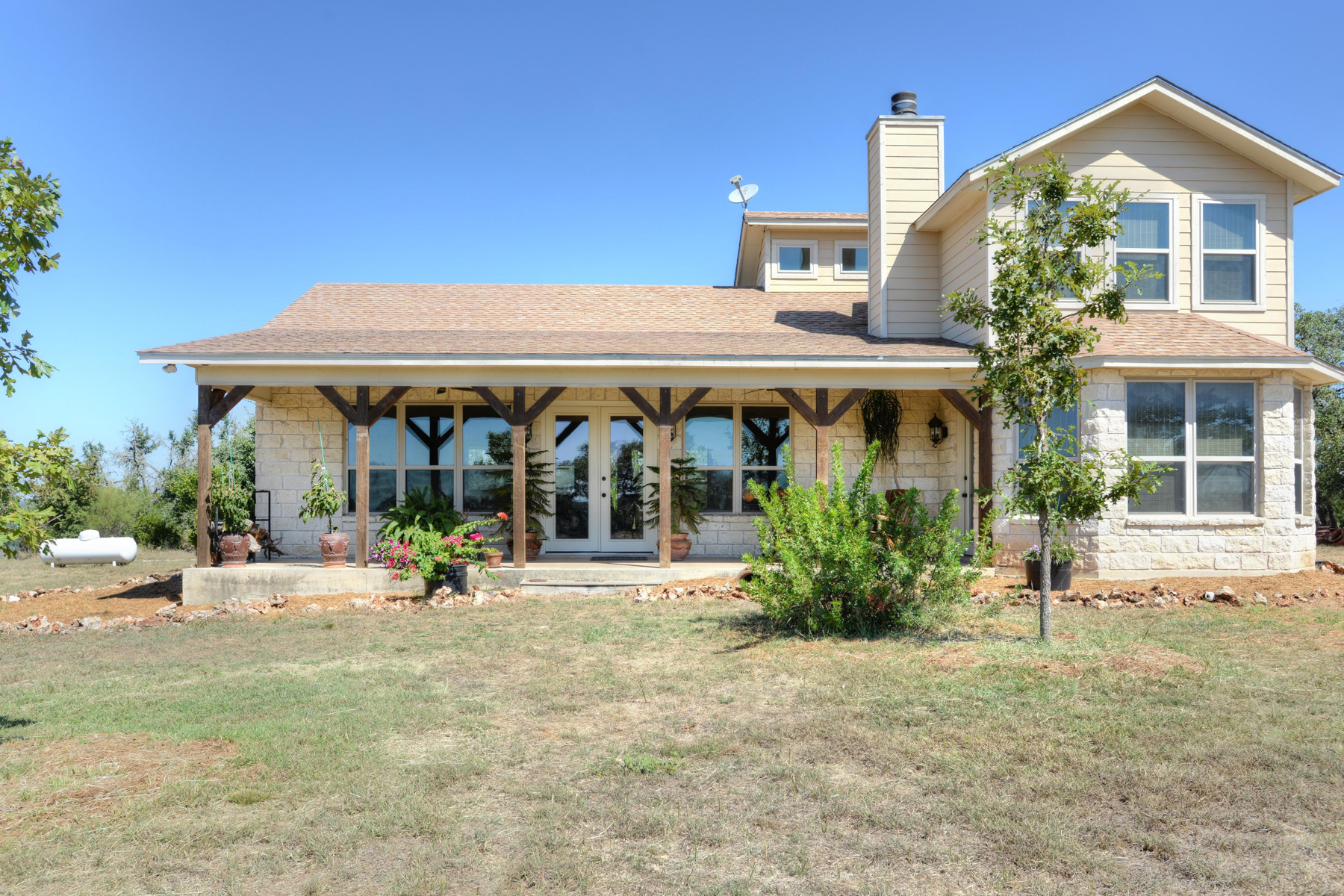 Property For Sale at Hilltop Home in Hondo