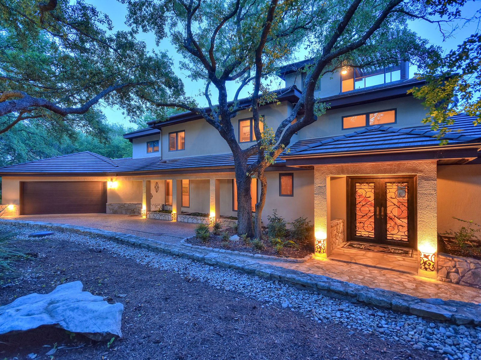 Vivienda unifamiliar por un Venta en The Ideal Retreat 2703 Sailboat Pass Spicewood, Texas 78669 Estados Unidos
