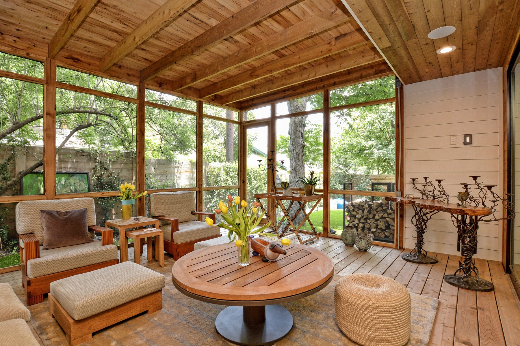 Additional photo for property listing at Custom Contemporary in Zilker Neighborhood 2012 Rabb Glen St A Austin, Texas 78704 Estados Unidos