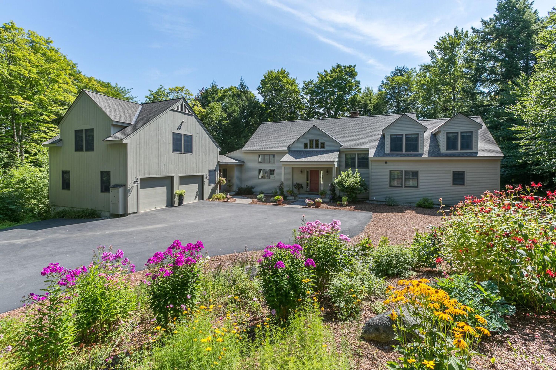 Частный односемейный дом для того Продажа на 84 Greensward, Grantham 84 Greensward Dr Grantham, Нью-Гэмпшир, 03753 Соединенные Штаты