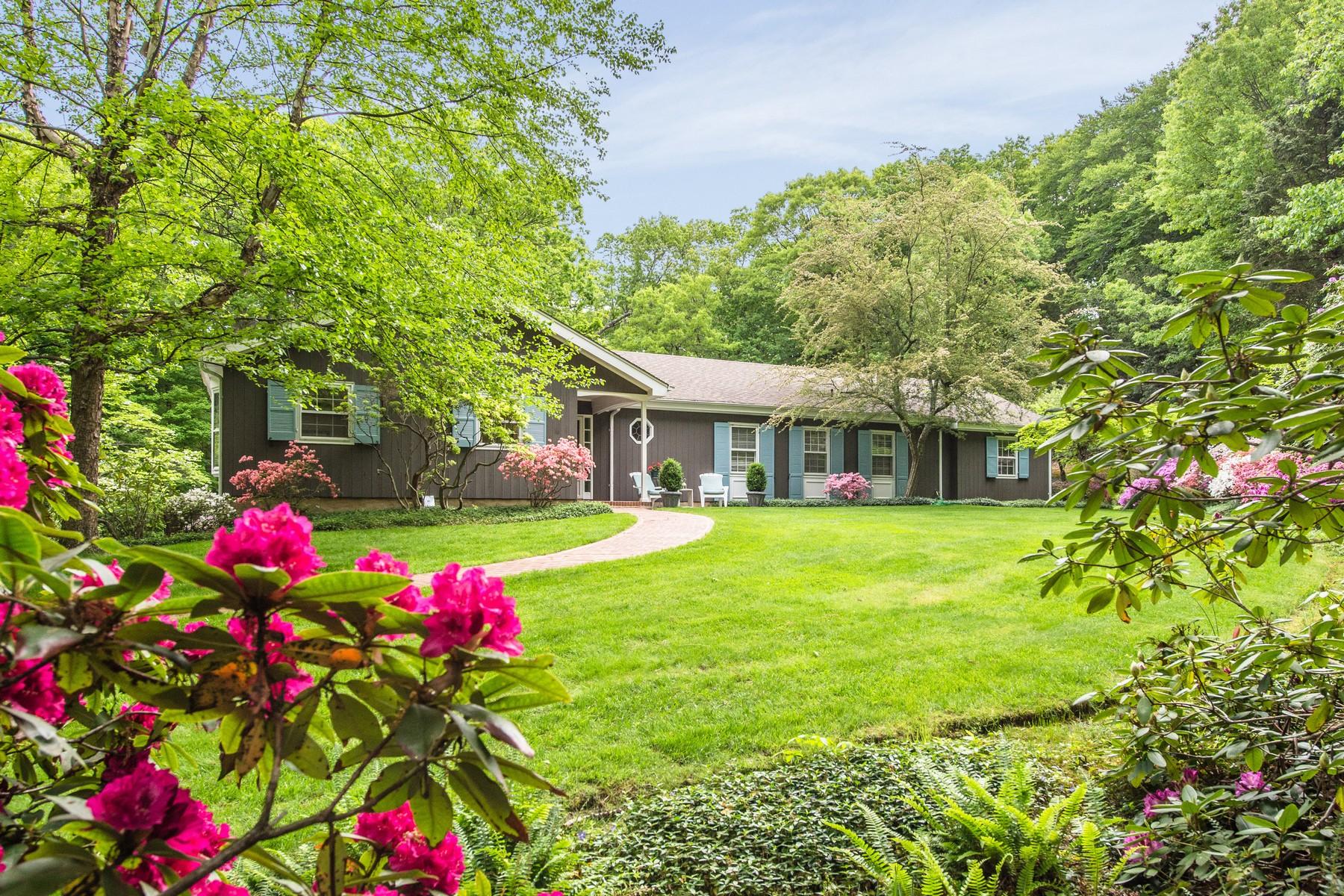 Casa para uma família para Venda às Farm Ranch 354 Ridge Ln Mill Neck, Nova York 11765 Estados Unidos
