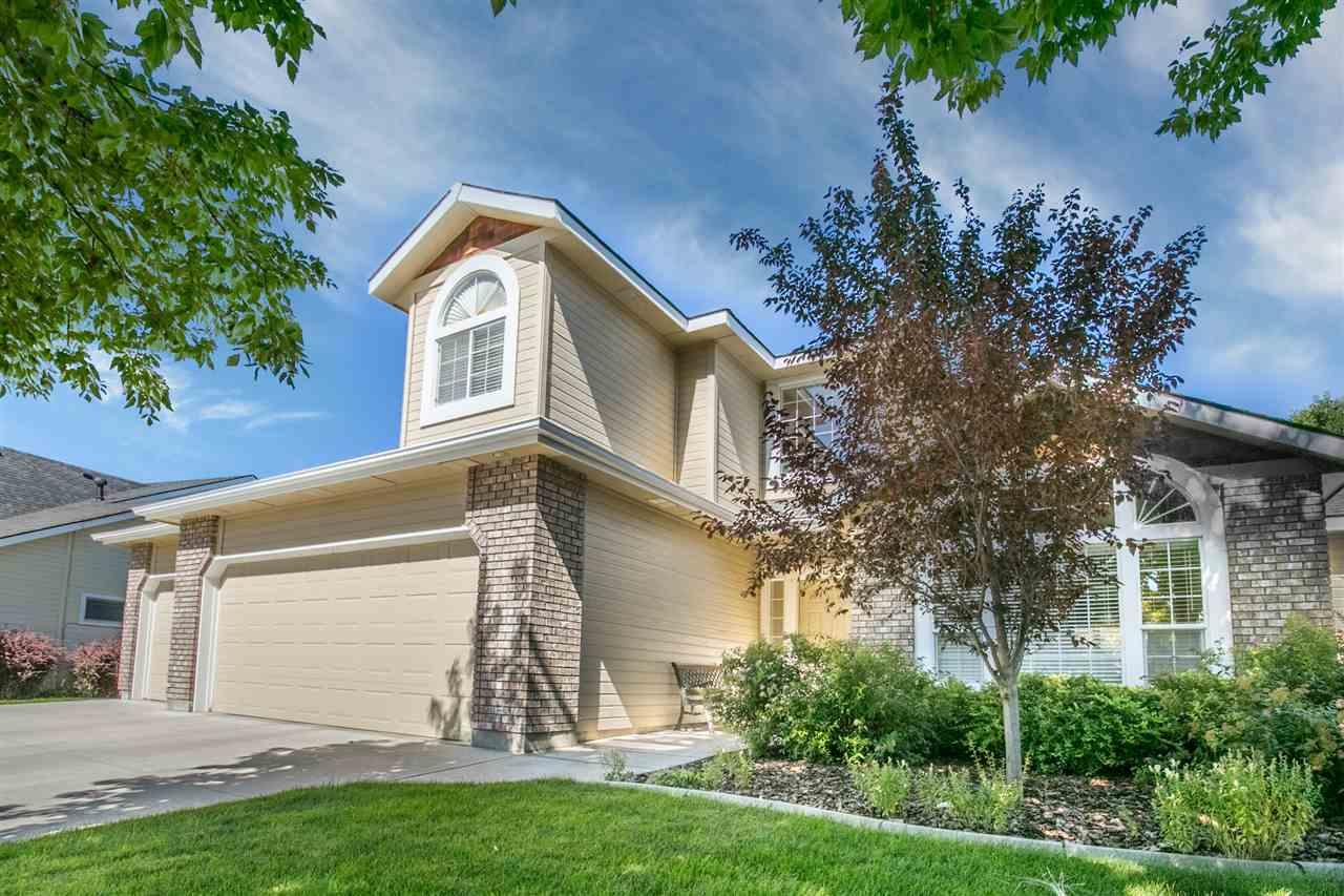 獨棟家庭住宅 為 出售 在 2704 Hampshire Court, Eagle 2704 E Hampshire Ct Eagle, 愛達荷州, 83616 美國
