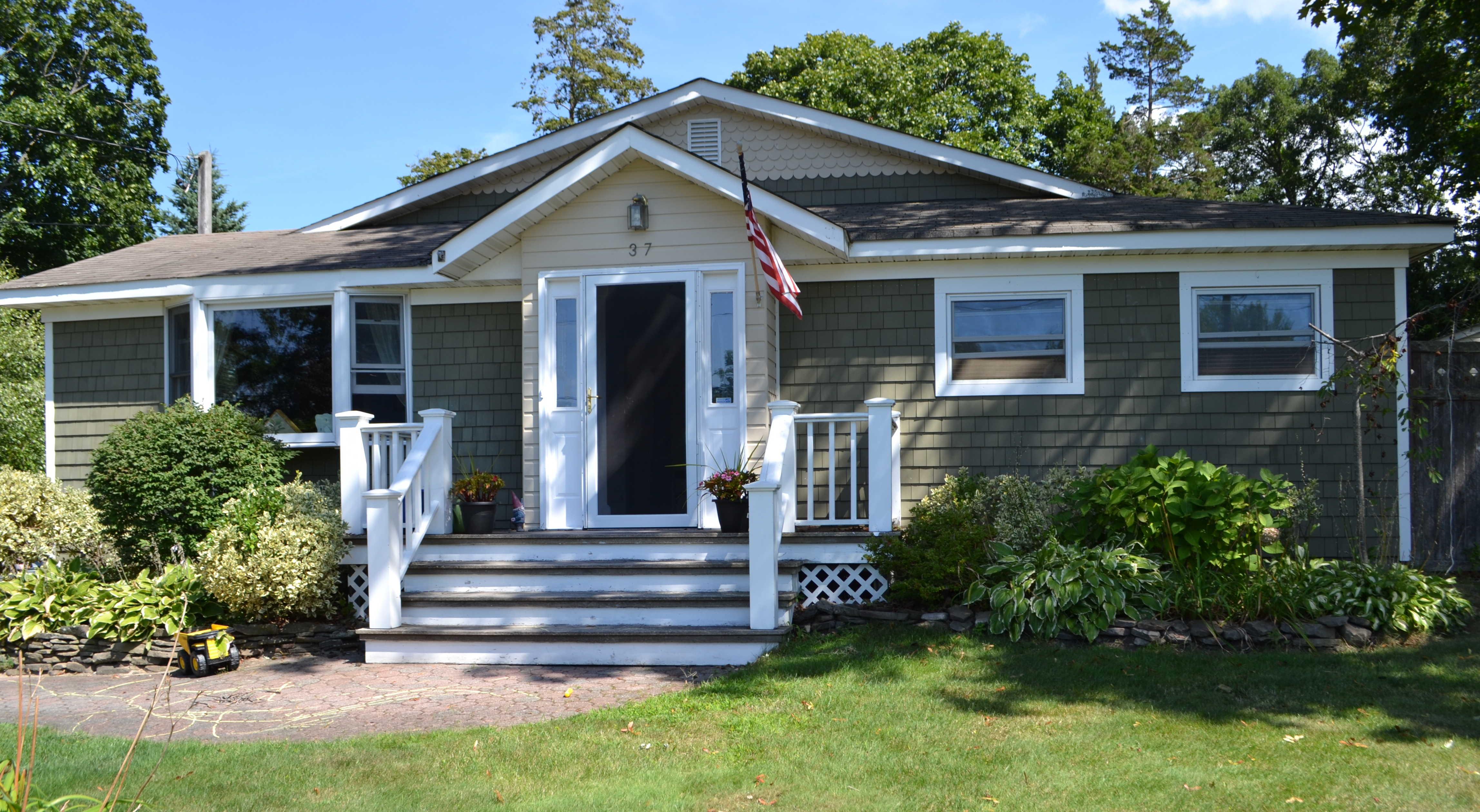 Single Family Home for Sale at Ranch 37 Beech Rd Rocky Point, New York 11778 United States