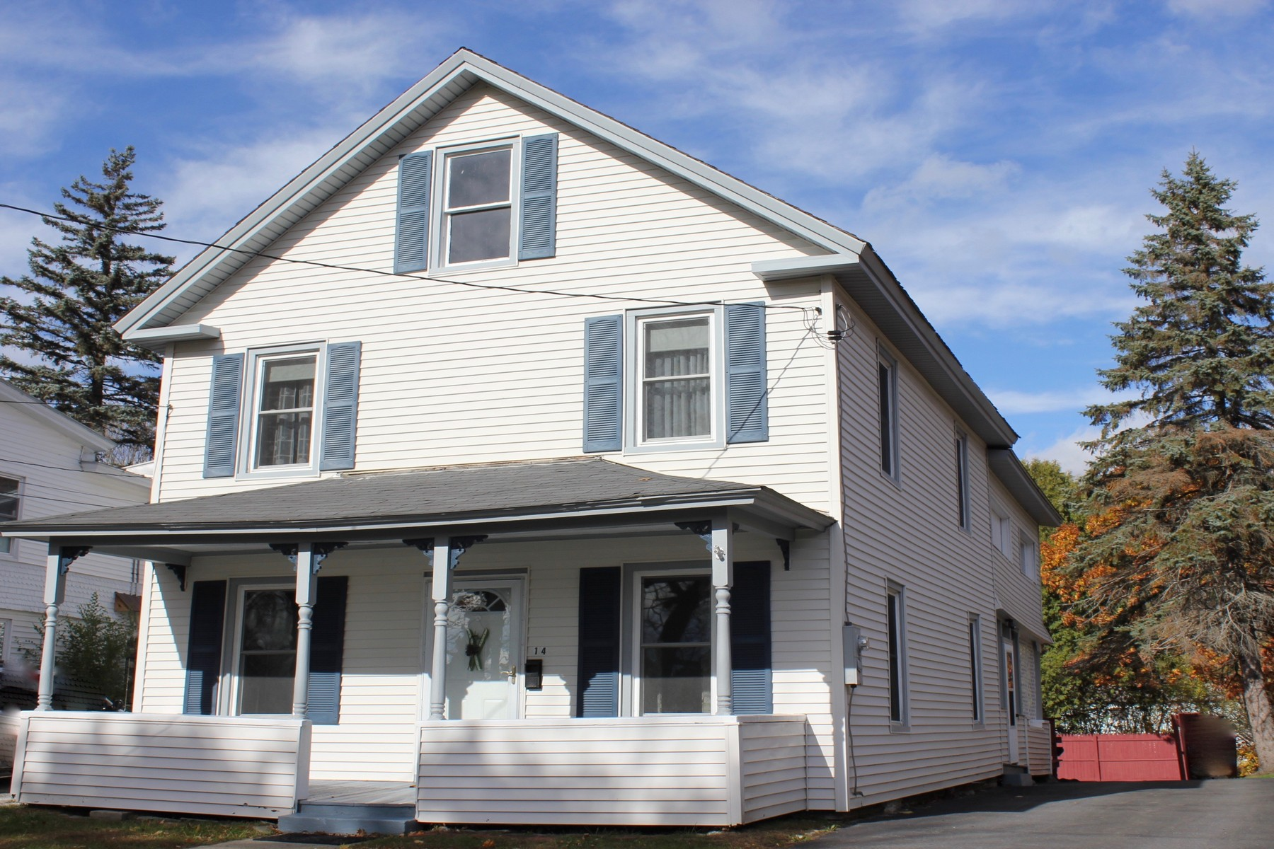 Single Family Home for Sale at Ludlow Village Home 14 Smith Ludlow, Vermont, 05149 United States