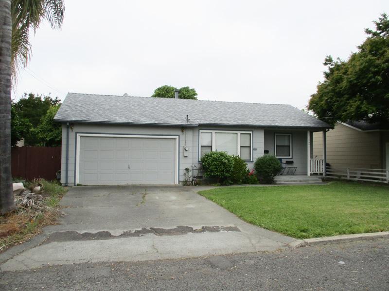 Single Family Home for Sale at 2441 Pacific St, Napa, CA 94558 2441 Pacific St Napa, California 94558 United States