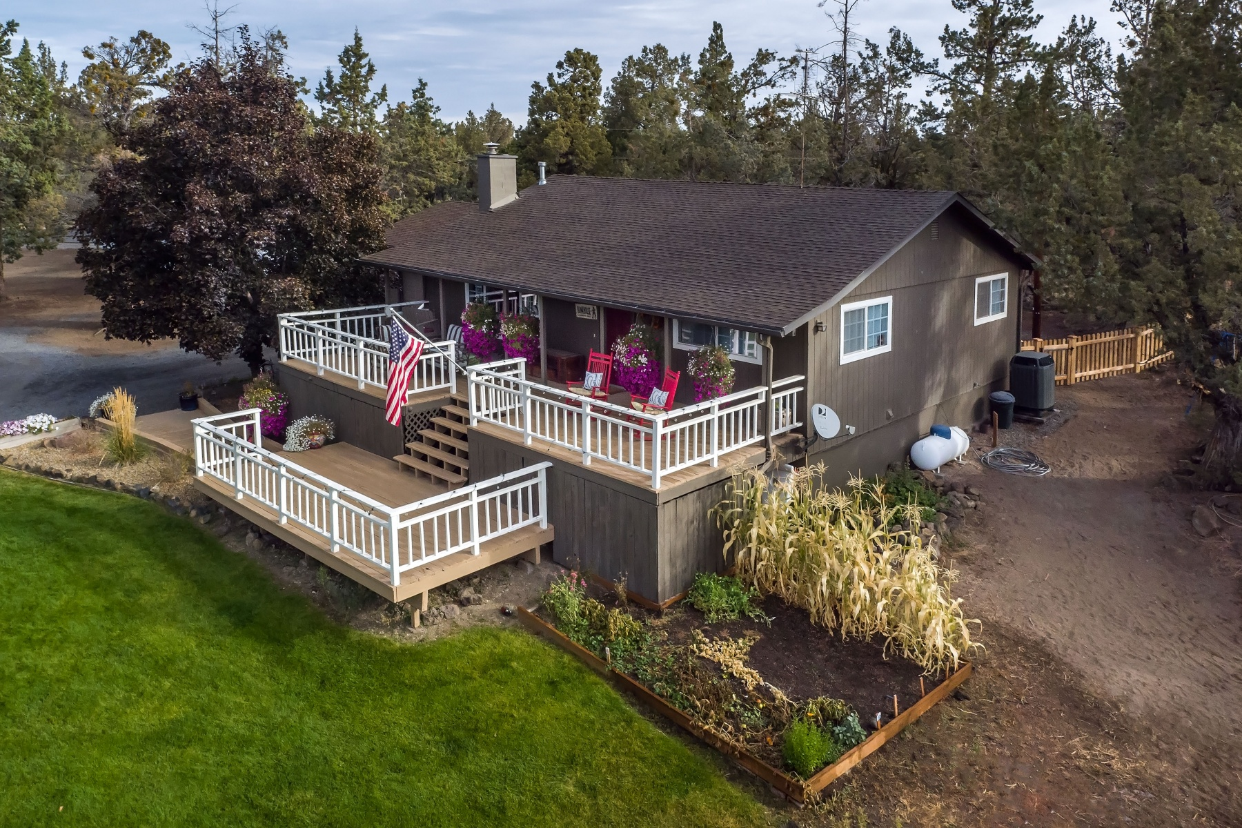 sales property at Tumalo Homes on Acreage