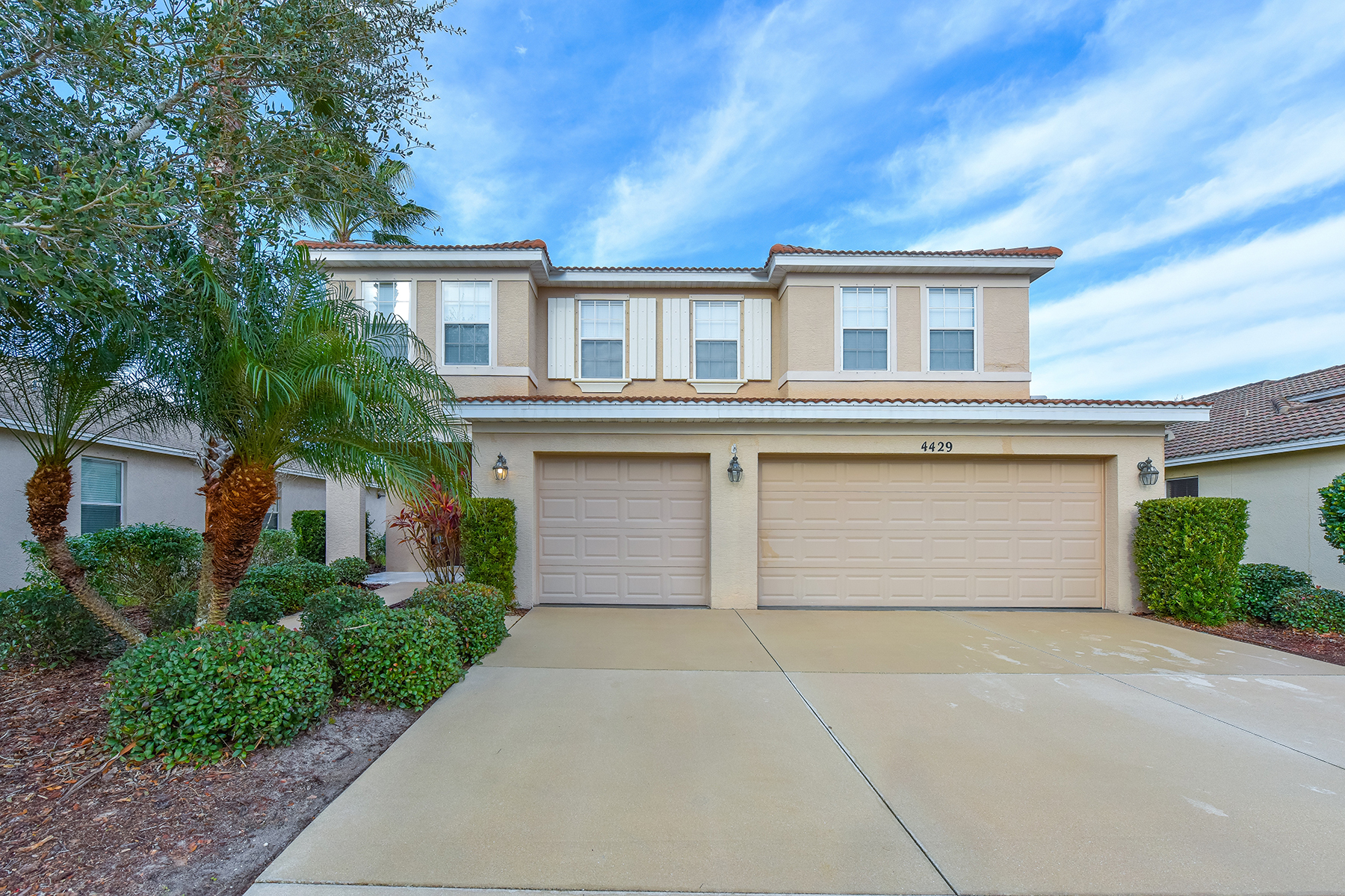 Single Family Home for Sale at CROSSING VILLAGE 4429 67th St E Bradenton, Florida, 34203 United States