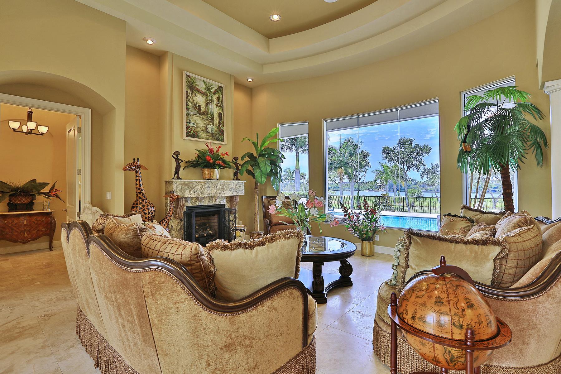 Maison unifamiliale pour l Vente à LEMON BAY ESTATES 5820 Jamila River Dr Venice, Florida 34293 États-Unis