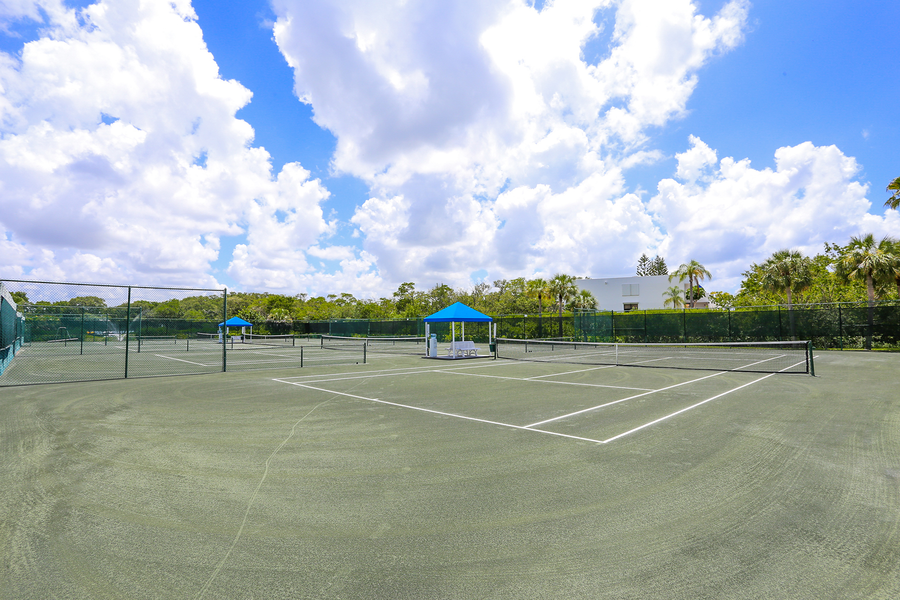 Property Of LONGBOAT KEY-BAYPORT BEACH & TENNIS CLUB