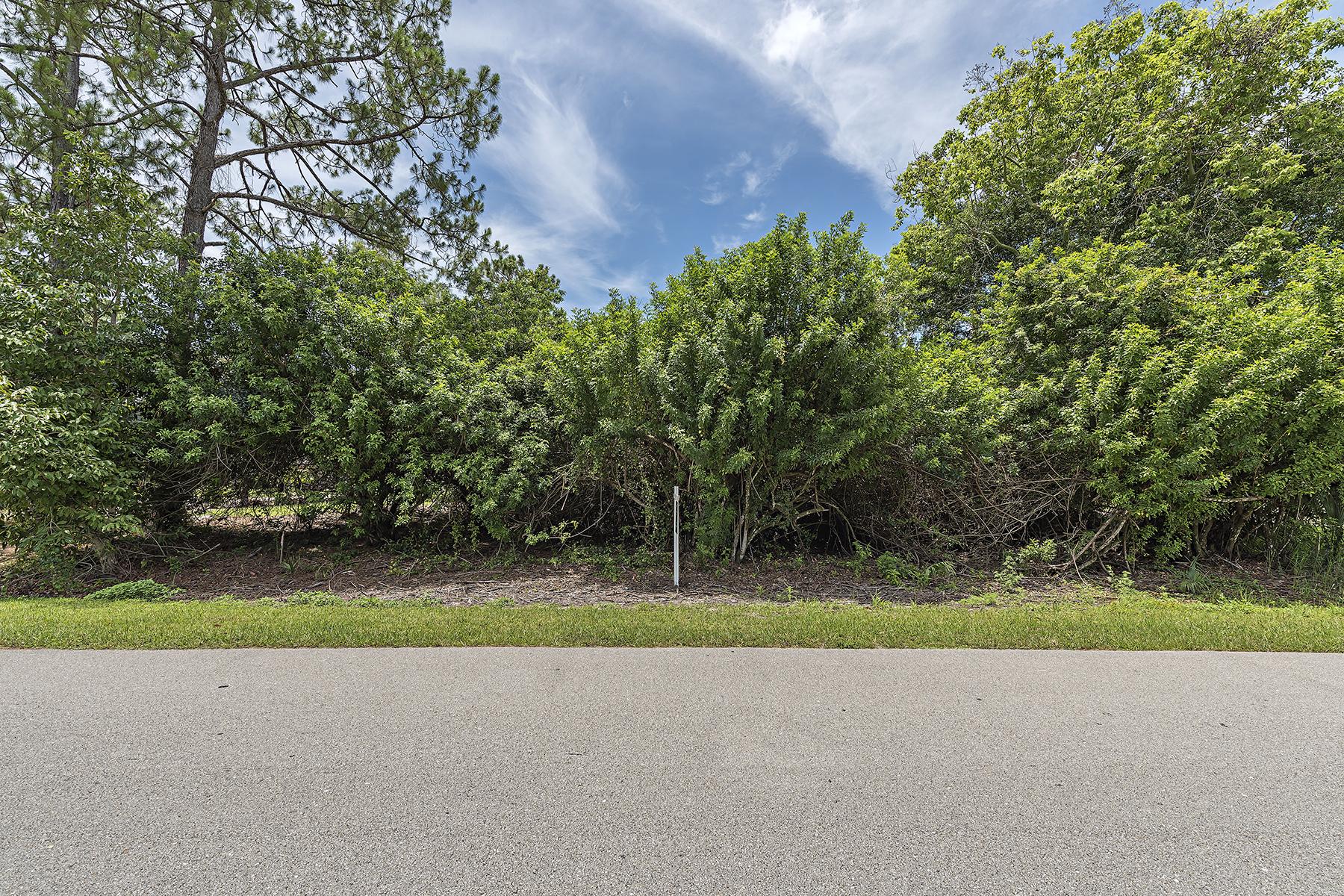 Terreno por un Venta en NAPLES - LOGAN WOODS 5384 Coral Wood Dr Naples, Florida, 34119 Estados Unidos