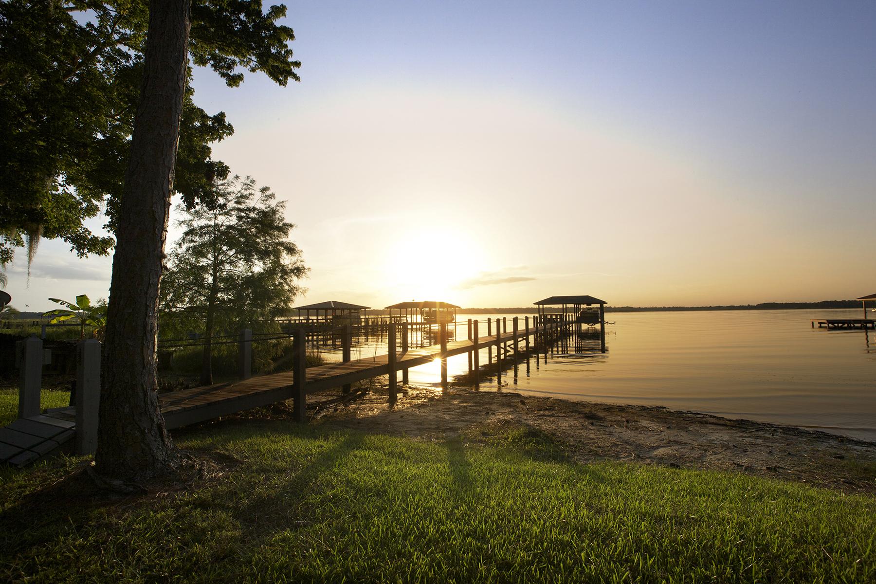 Single Family Home for Sale at ORLANDO 13452 Lake Mary Jane Rd Orlando, Florida, 32832 United States