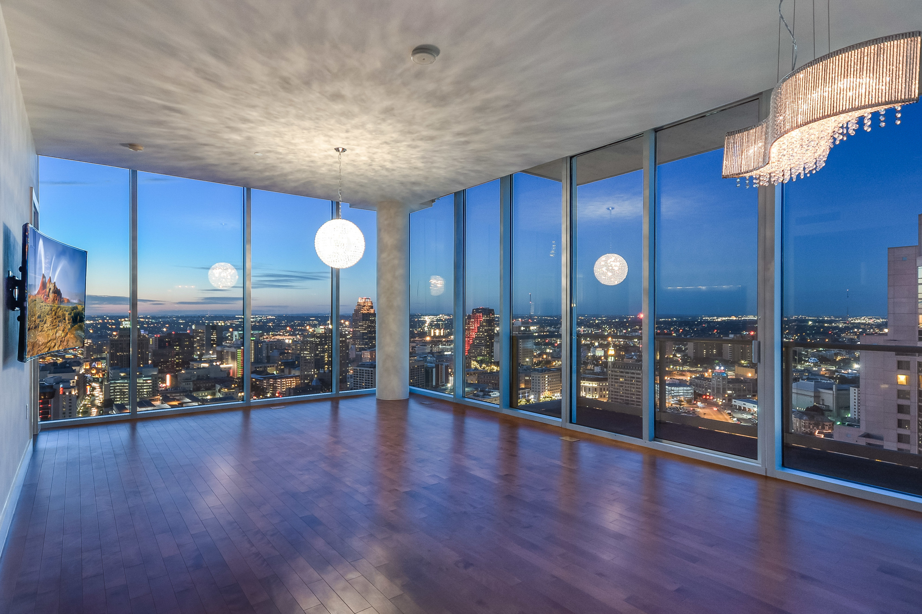 Condominium for Sale at Simply The Best Downtown High Rise Living 610 E Market St 3008 San Antonio, Texas 78205 United States