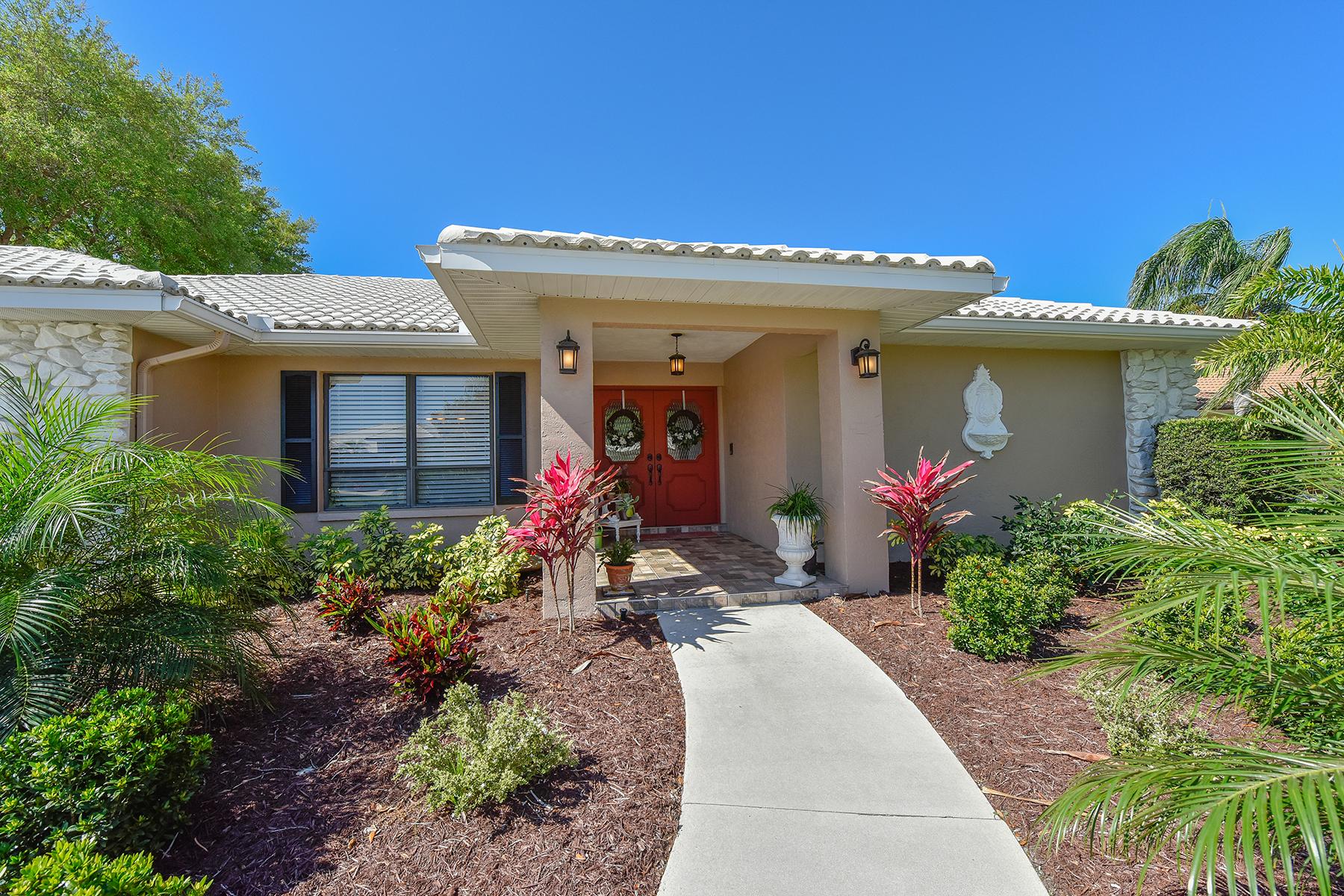 Частный односемейный дом для того Продажа на SORRENTO WOODS 1299 Vermeer Dr Nokomis, Флорида, 34275 Соединенные Штаты