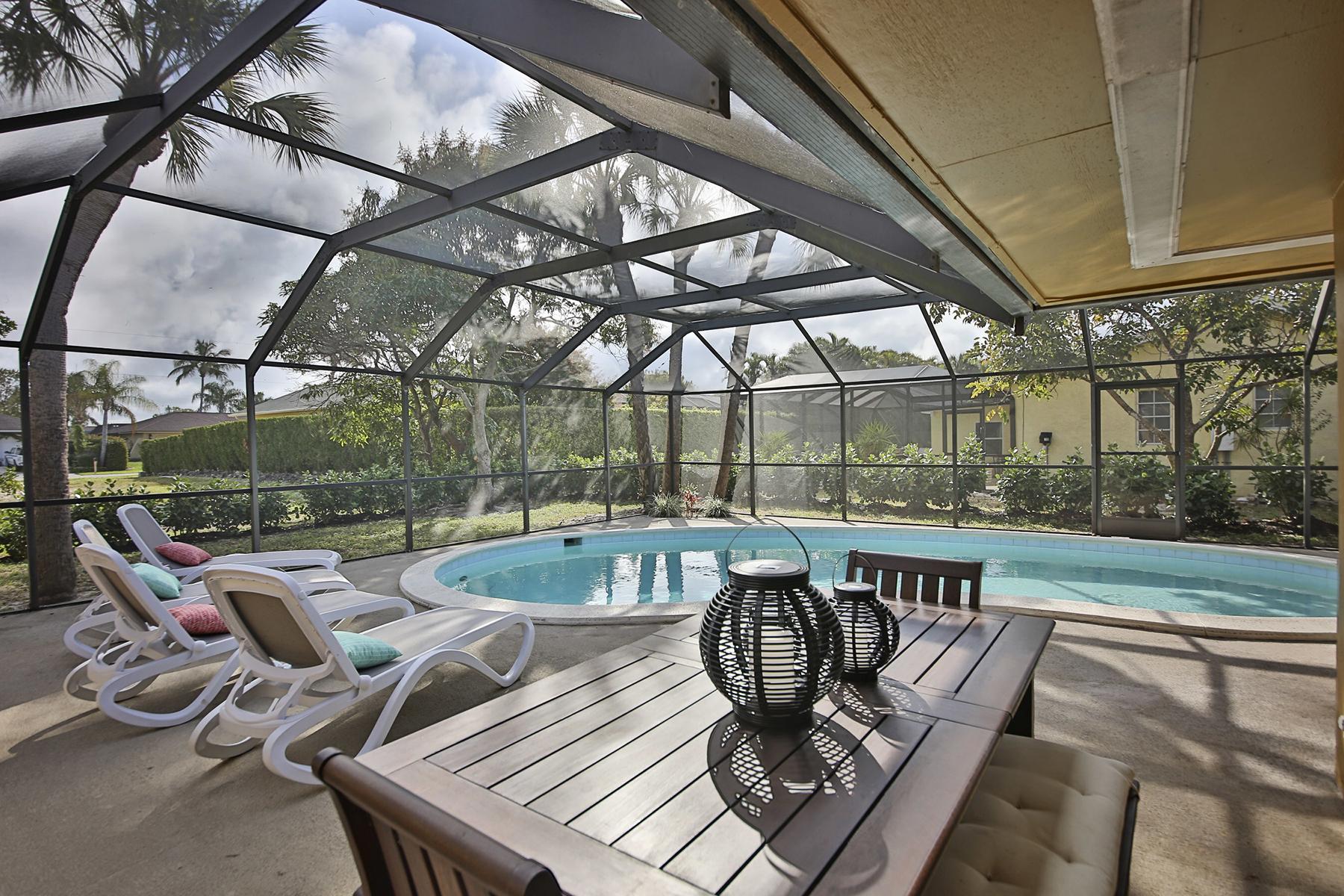 Maison unifamiliale pour l Vente à MARCO ISLAND - TAHITI ROAD 155 Tahiti Rd Marco Island, Florida, 34145 États-Unis