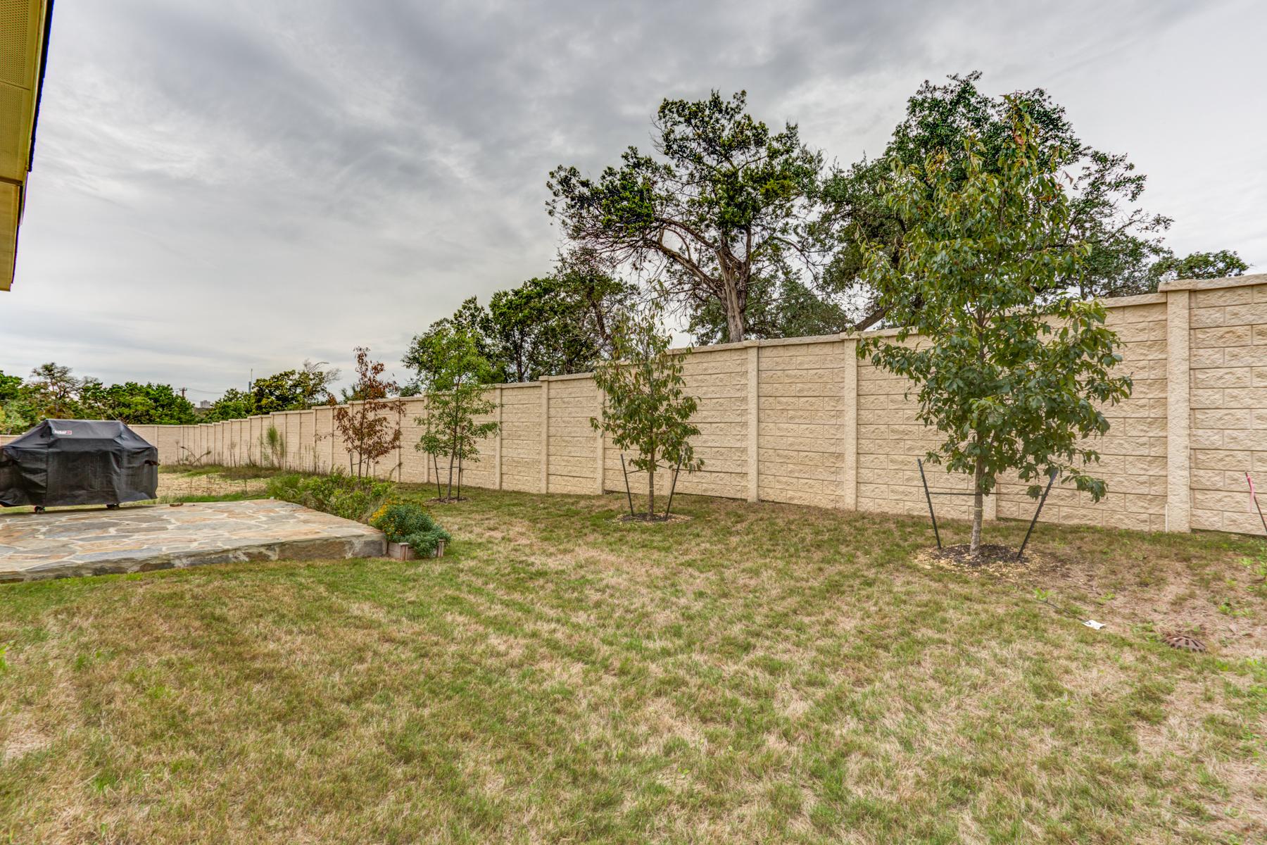Additional photo for property listing at Wonderful Home in Estates of Alon 12110 Wildrose Hill San Antonio, Texas 78230 Estados Unidos