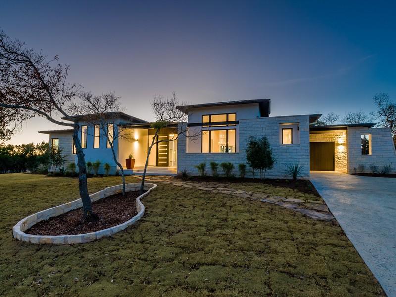Nhà ở một gia đình vì Bán tại 4300 Verano Dr, Austin Austin, Texas 78735 Hoa Kỳ