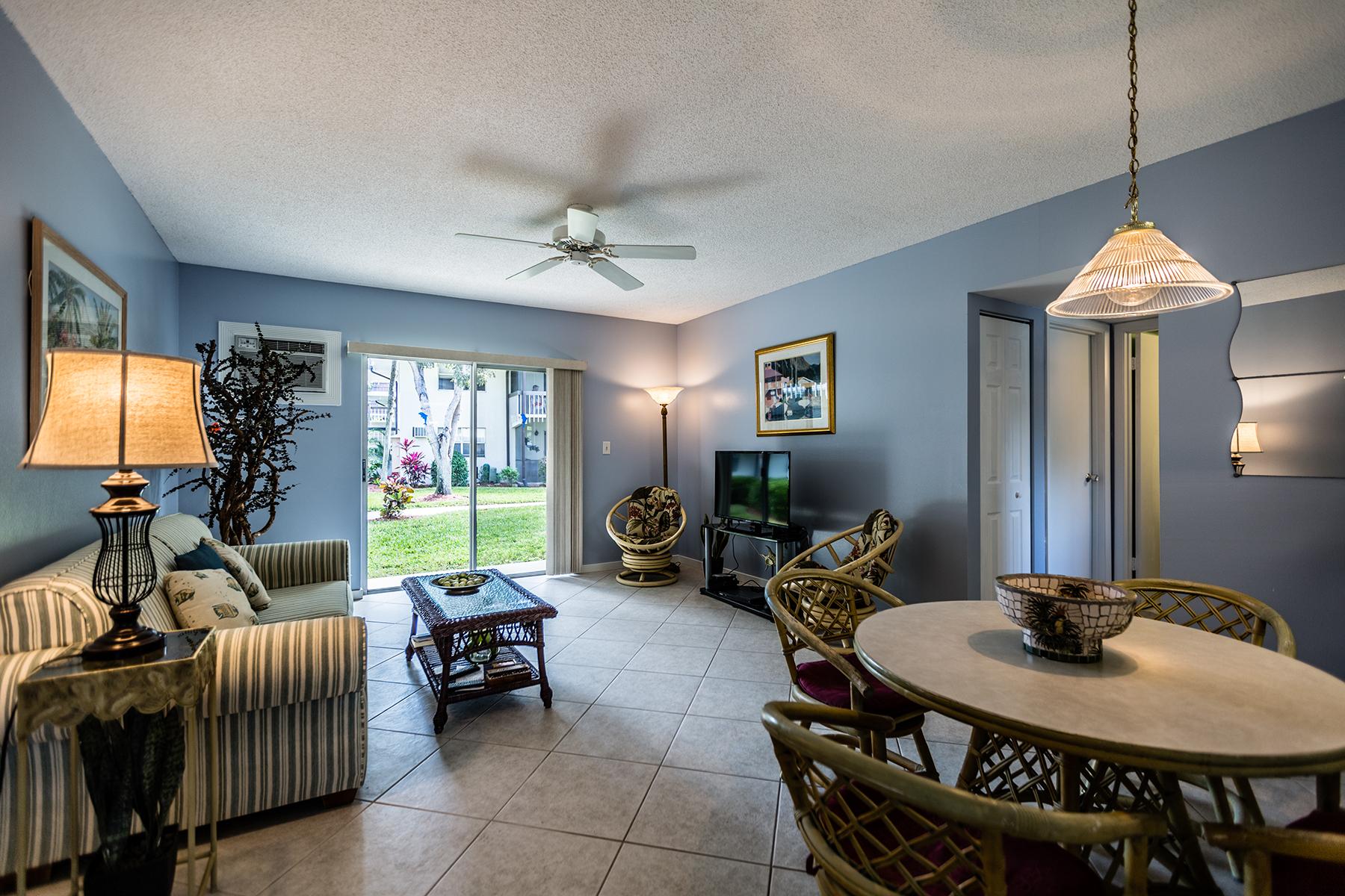 Eigentumswohnung für Verkauf beim MARCO ISLAND - ISLAND MANOR 87 N Collier Blvd P1 Marco Island, Florida, 34145 Vereinigte Staaten