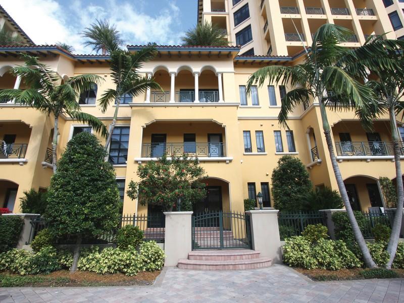 共管物業 為 出售 在 200 E Palmetto Park Rd , Th-3, Boca Raton, FL 3343 200 E Palmetto Park Rd Th-3 Boca Raton, 佛羅里達州 33432 美國