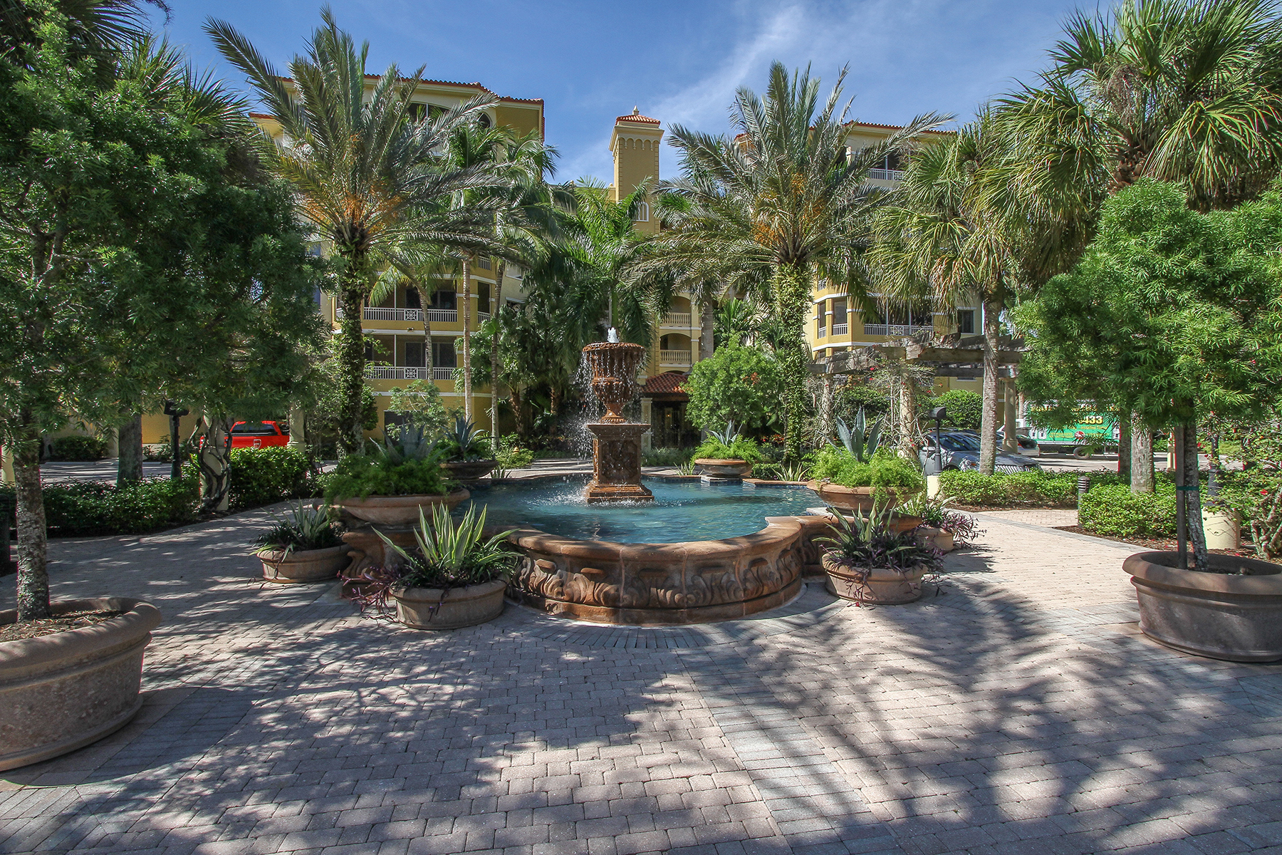 Condo / Townhome / Villa for Rent at 2738 Tiburon Blvd E B-403 Naples, Florida 34109 United States