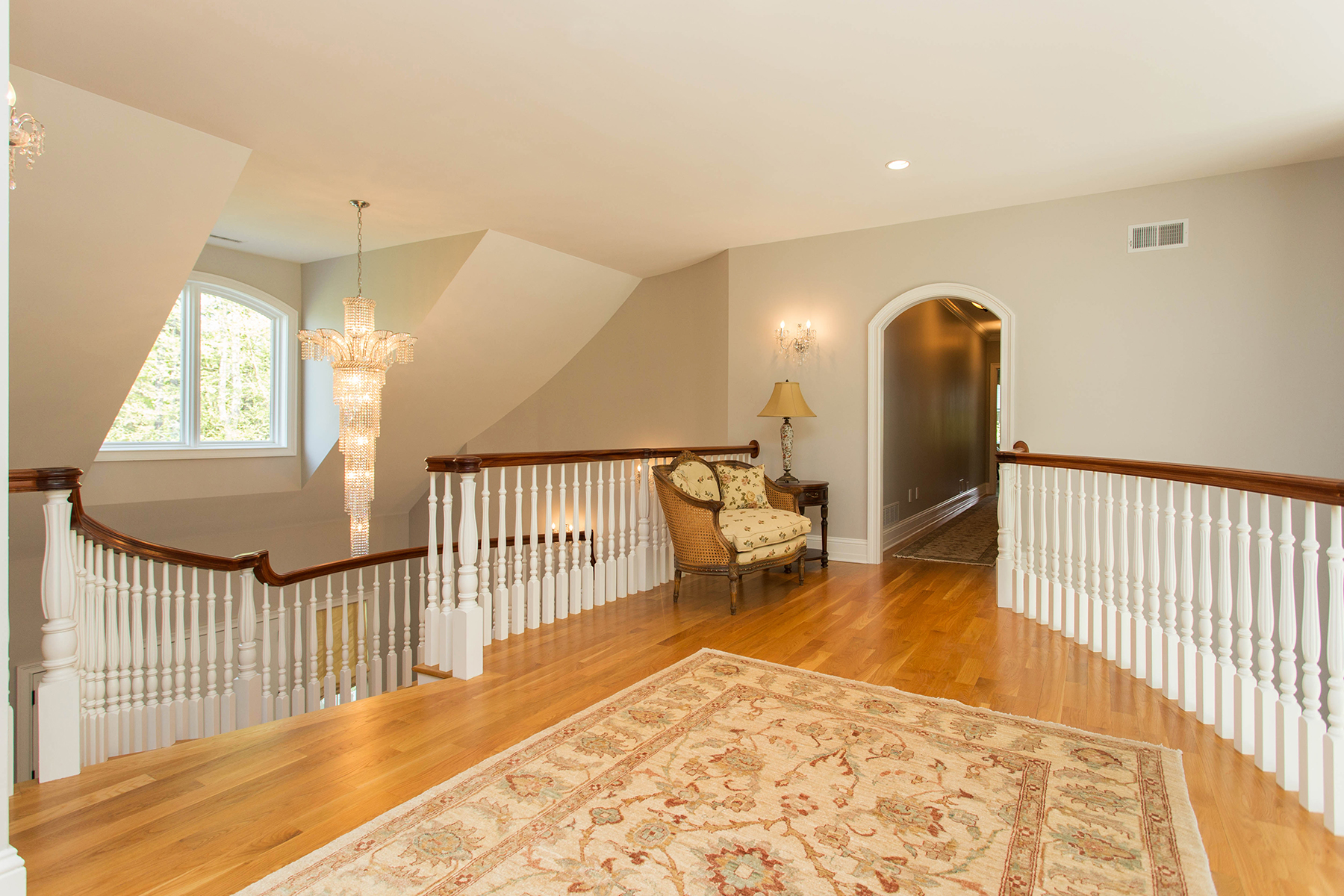 Additional photo for property listing at Slingerlands Estate 47  Talon Dr Slingerlands, Nueva York 12159 Estados Unidos