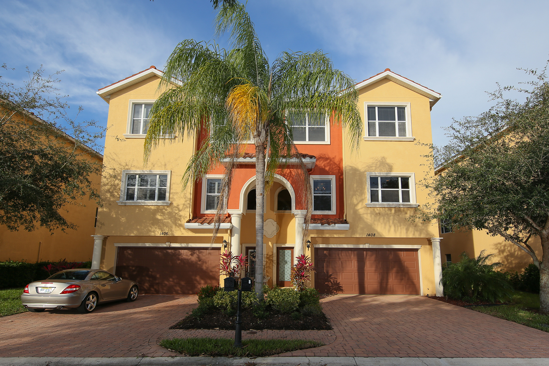 Townhouse for Sale at HAMMOCKS AT RIVIERA DUNES 1408 3rd Street Cir E Palmetto, Florida 34221 United States