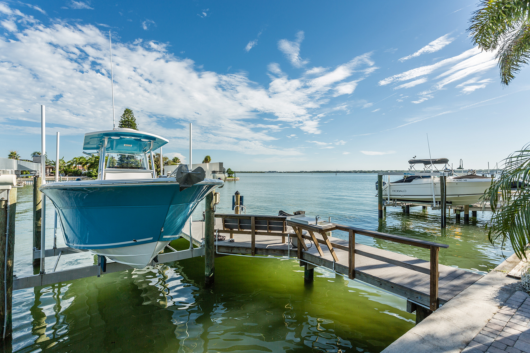 Tek Ailelik Ev için Satış at TREASURE ISLAND 740 123rd Ave Treasure Island, Florida, 33706 Amerika Birleşik Devletleri