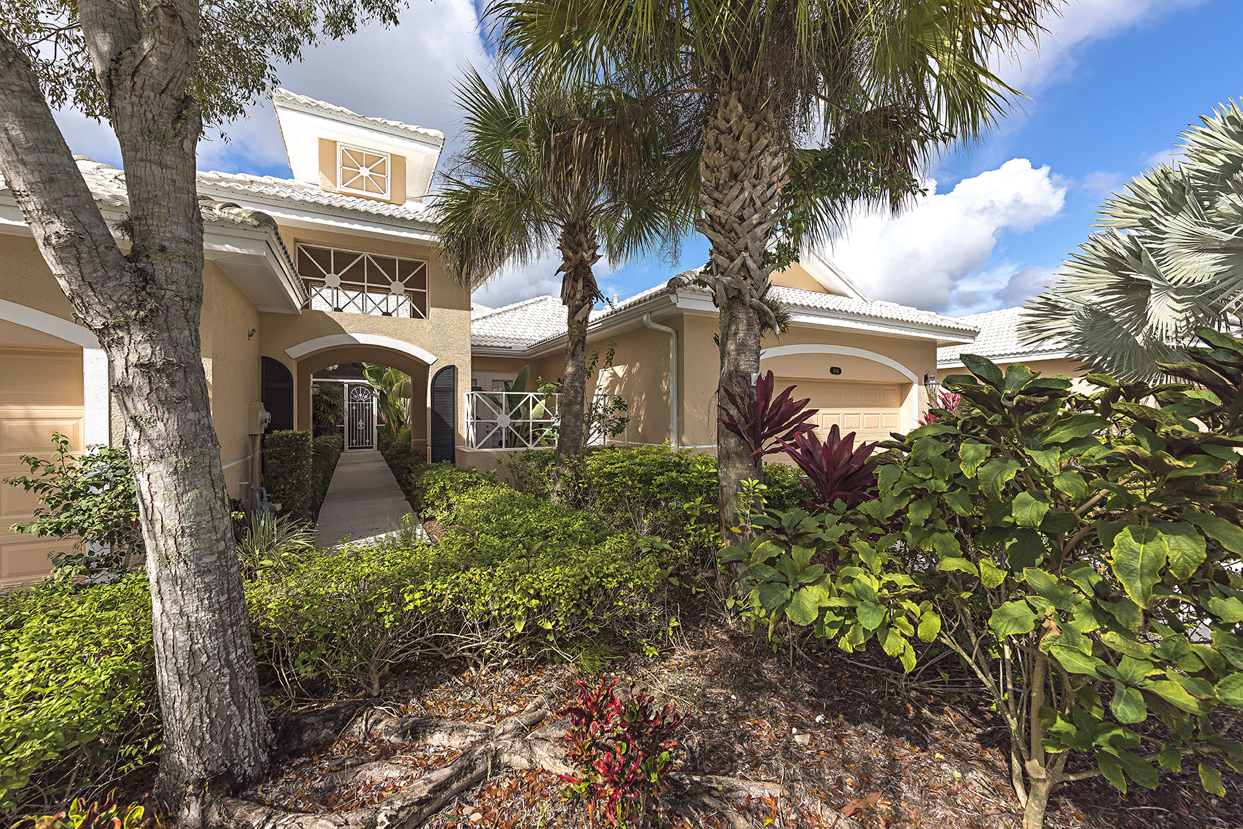 Property For Sale at 4545 Cardinal Cove Ln , Naples, FL 34114