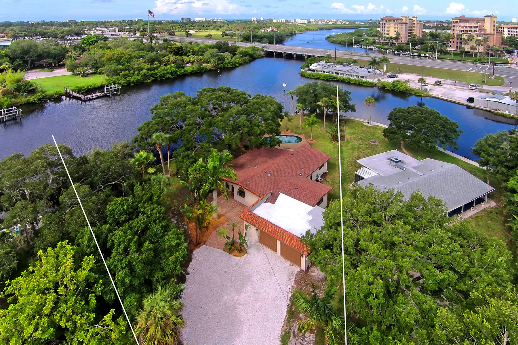 단독 가정 주택 용 매매 에 RIVER FOREST 5381 Palos Verdes Dr Sarasota, 플로리다 34231 미국
