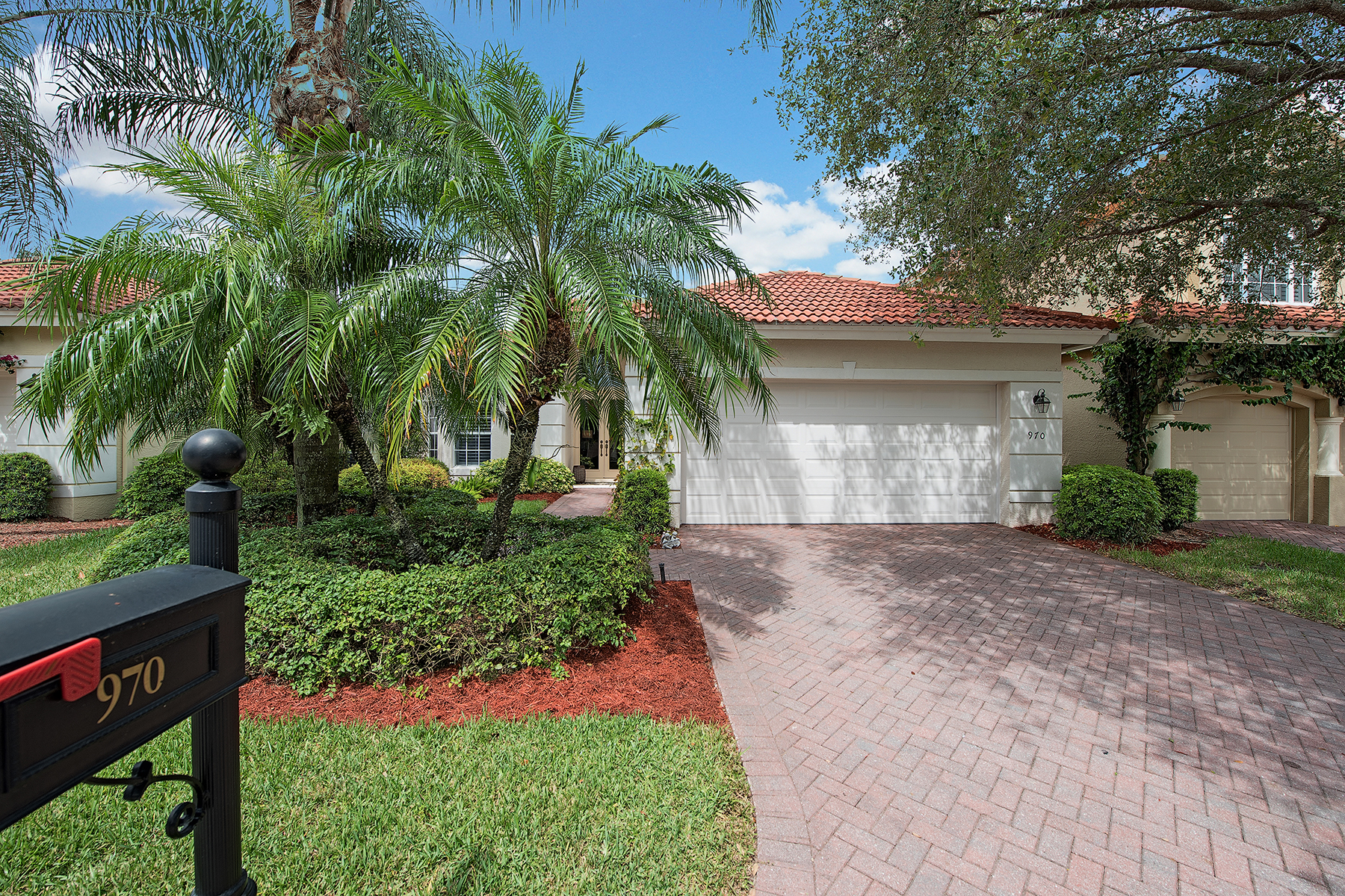 Single Family Home for Sale at VINEYARDS 970 Fountain Naples, Florida 34119 United States