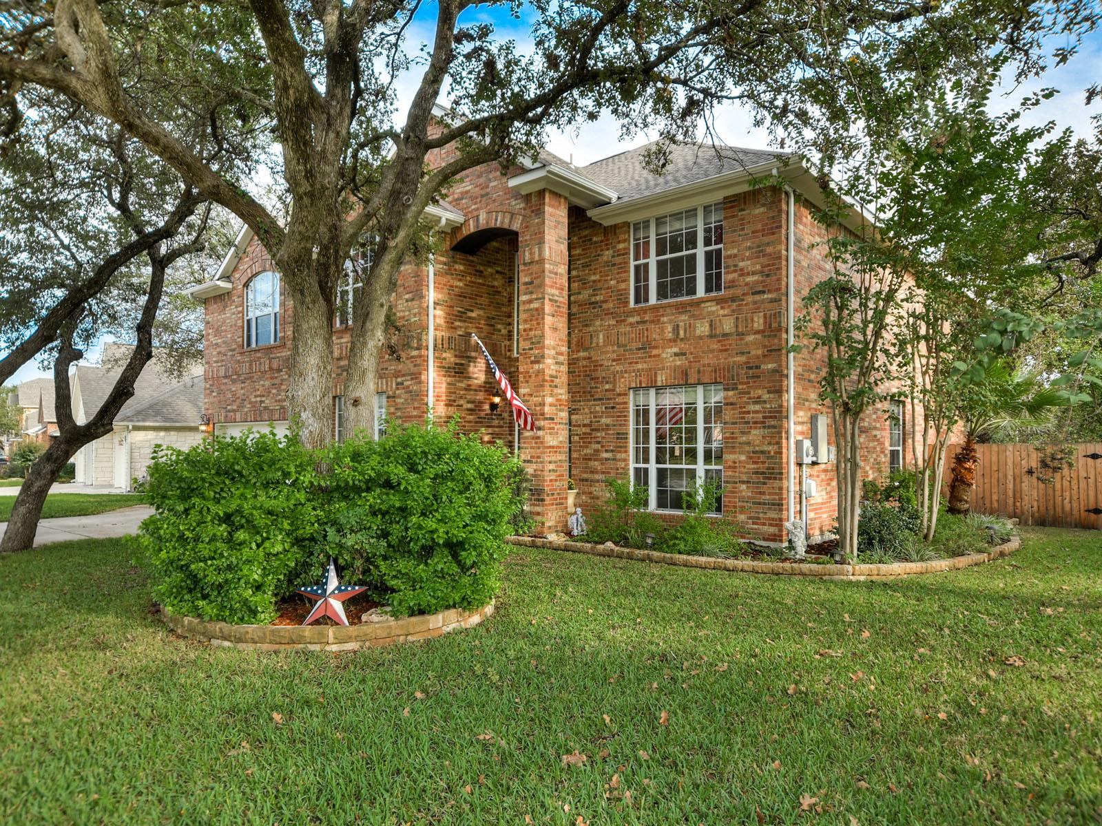 Casa Unifamiliar por un Venta en Stunning Cedar Park Home 704 Nelson Ranch Rd Cedar Park, Texas 78613 Estados Unidos