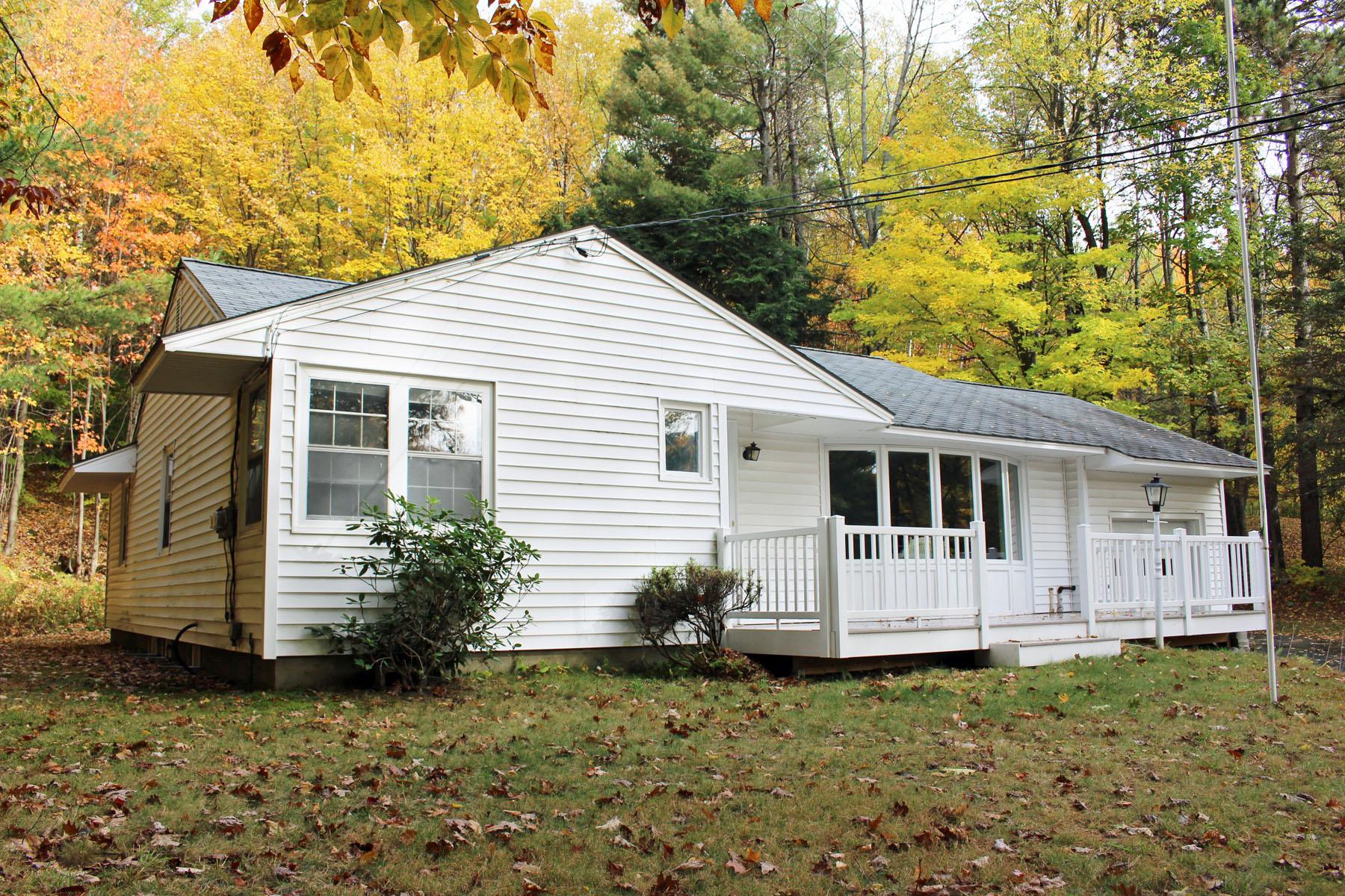 Einfamilienhaus für Verkauf beim Conveniently Located 169 Route 103a Newbury, New Hampshire 03255 Vereinigte Staaten