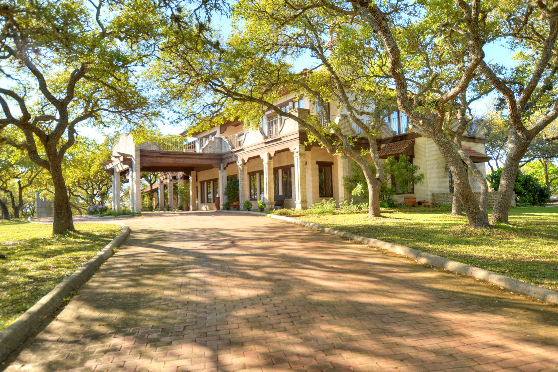 sales property at Stately Manor With 40+- Acres in Boerne