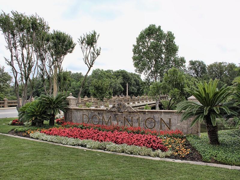 地產 為 出售 在 Build your Dream Home Here! 9 Walford Ct San Antonio, 德克薩斯州 78257 美國
