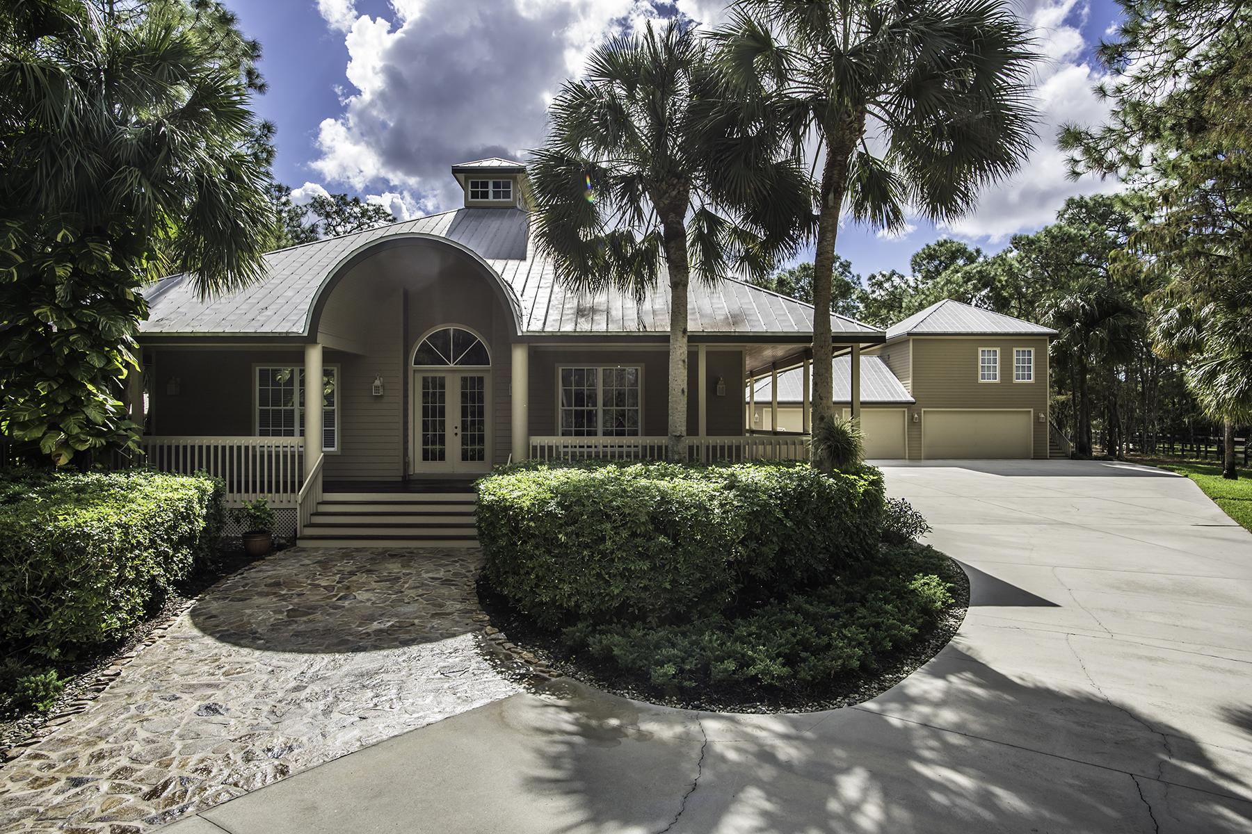 단독 가정 주택 용 매매 에 LIVINGSTON WOODS 6848 Daniels Rd Naples, 플로리다 34109 미국