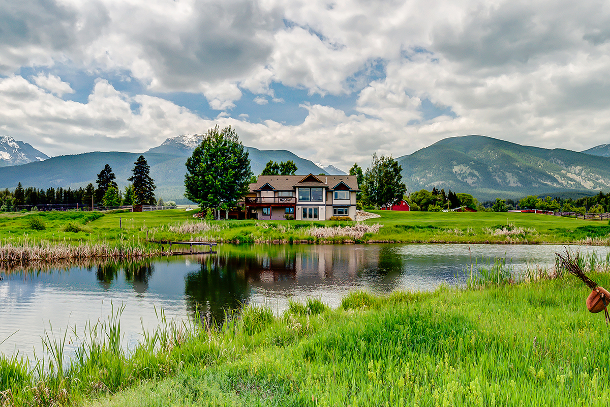 Single Family Home for Sale at 150 Lonestar Road 150 Lone Star Rd Florence, Montana 59833 United States