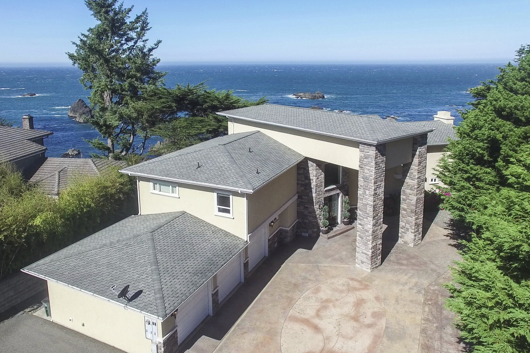 Single Family Home for Sale at 1107 BYRTUS PL, BROOKINGS Brookings, Oregon 97415 United States