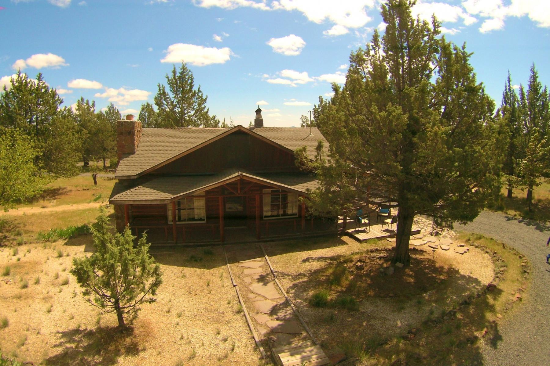 Einfamilienhaus für Verkauf beim Lake Billy Chinook Log Cabin w Pvt Lake Access 6212 SW Prospect View Dr Culver, Oregon, 97734 Vereinigte Staaten