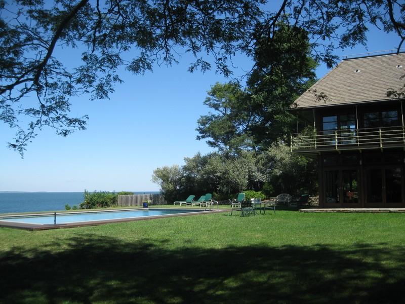 rentals property at Estate