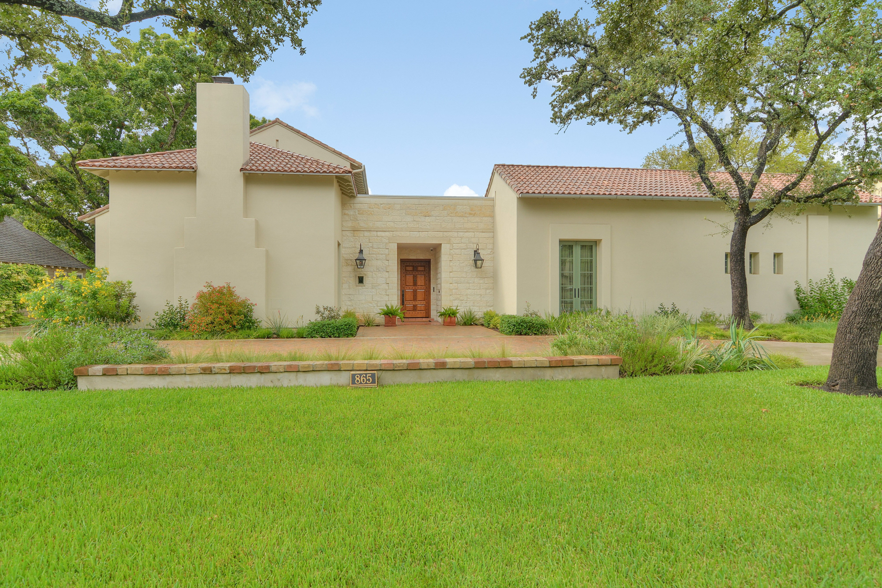 Casa Unifamiliar por un Venta en Gorgeous Home in Alamo Heights 865 Estes Ave San Antonio, Texas 78209 Estados Unidos