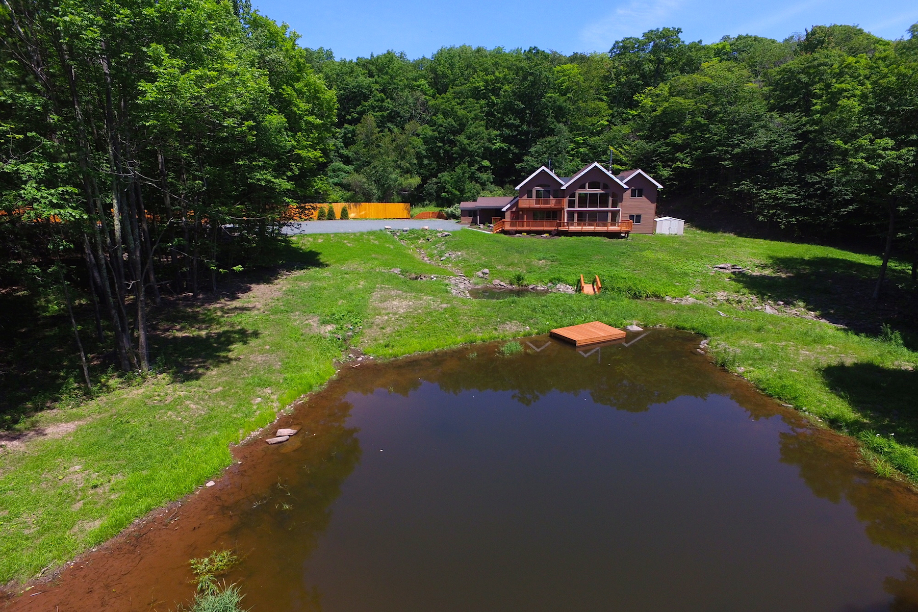 Additional photo for property listing at Restored Contemporary with Stream and Pond 683  Tumbleweed Ranch Rd West Kill, Нью-Йорк 12492 Соединенные Штаты