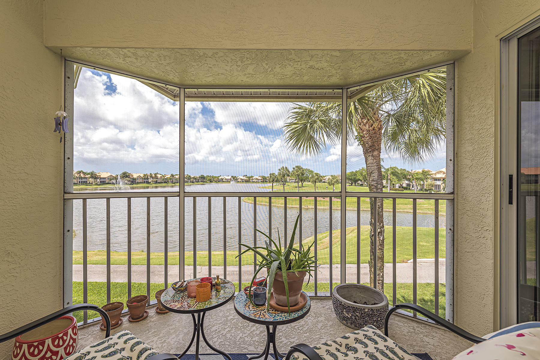 Condomínio para Venda às WORTHINGTON 28060 Cavendish Ct 2508 Bonita Springs, Florida, 34135 Estados Unidos