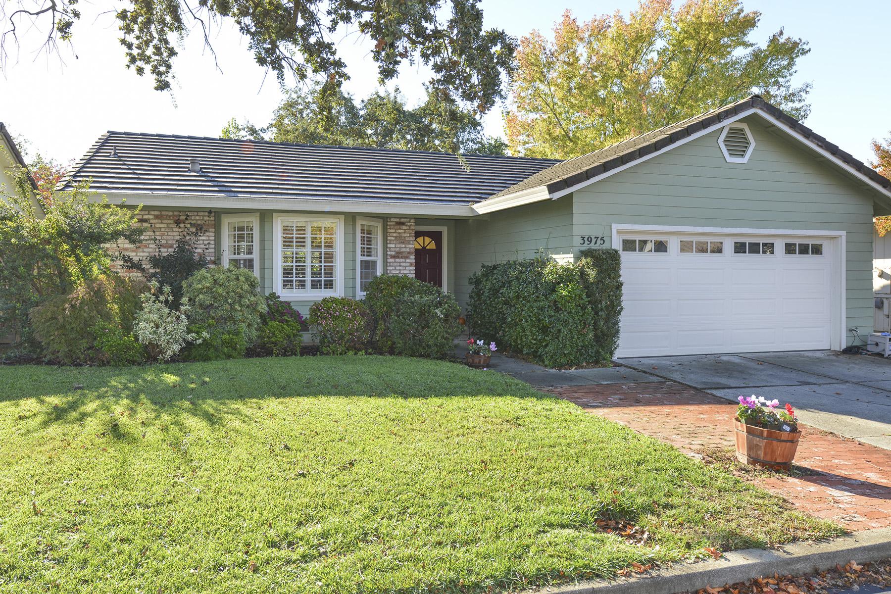 Property For Sale at 3975 Hampton Way, Napa, CA 94558