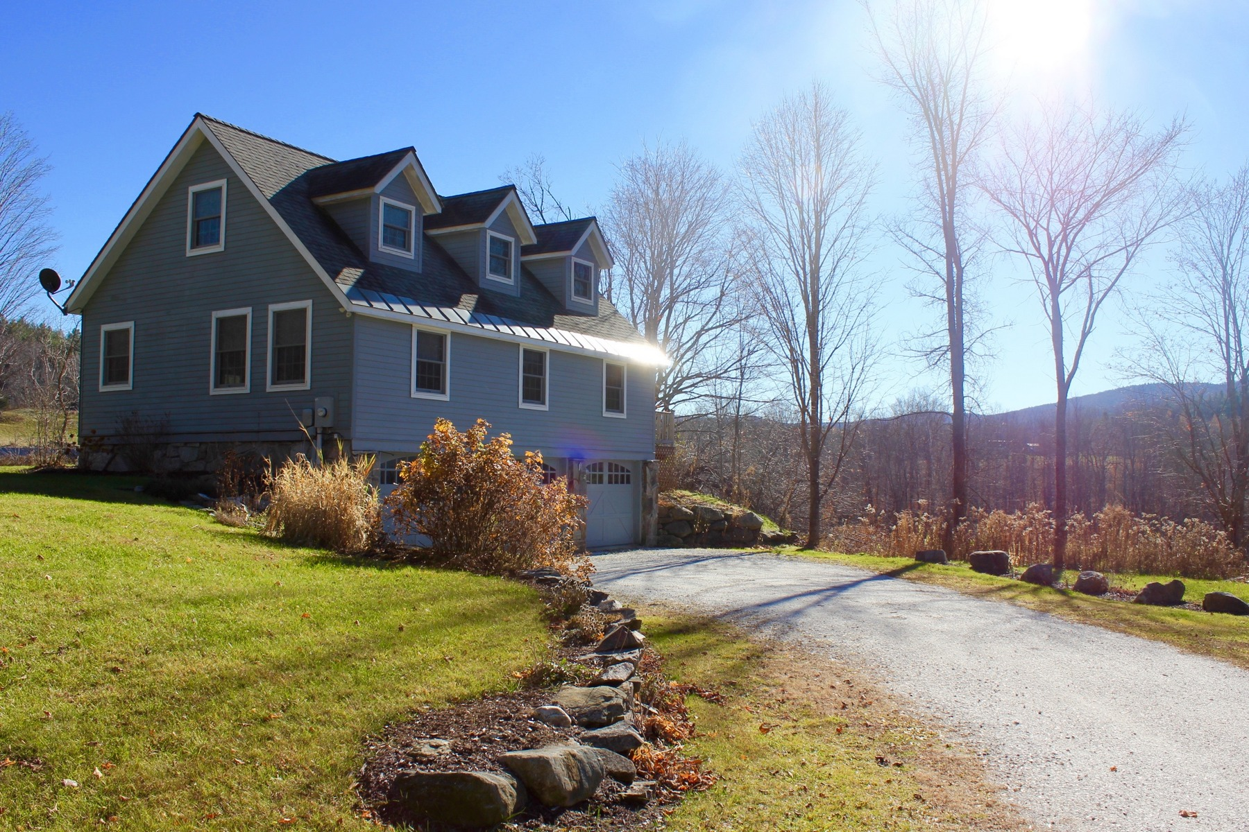 Casa Unifamiliar por un Venta en Quiet Country Setting 917 Tarbellville Rd Mount Holly, Vermont 05758 Estados Unidos