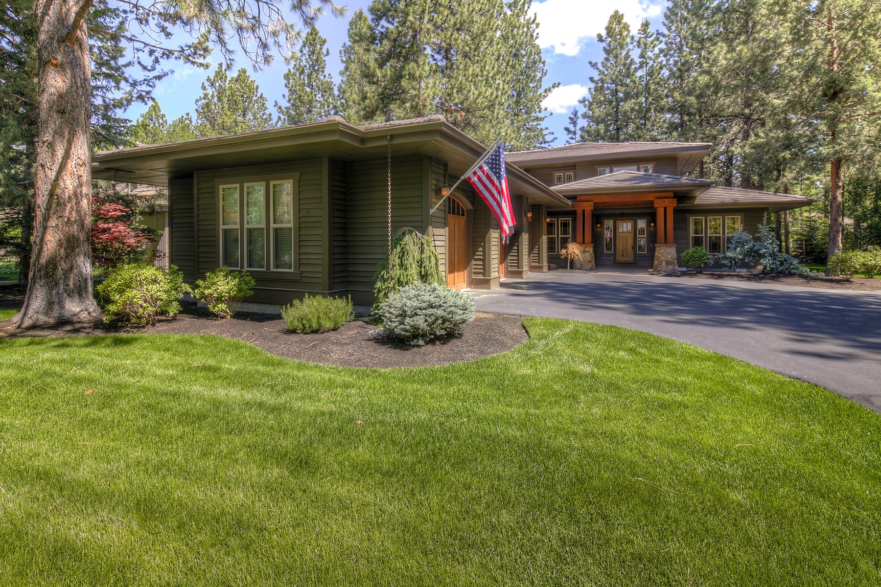 Single Family Home for Sale at Broken Top 19356 Soda Springs Dr Bend, Oregon 97702 United States
