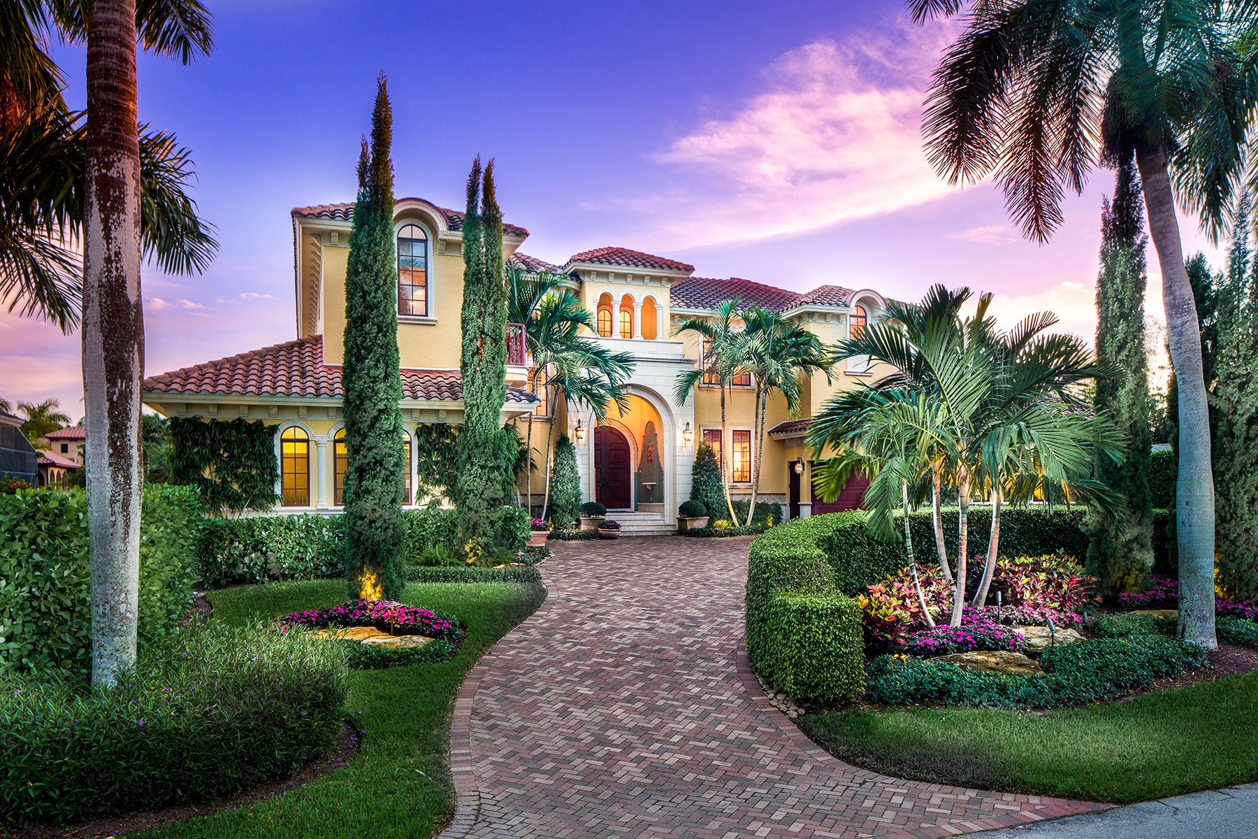 Casa Unifamiliar por un Venta en Naples 590 17th Ave S Aqualane Shores, Naples, Florida, 34102 Estados Unidos