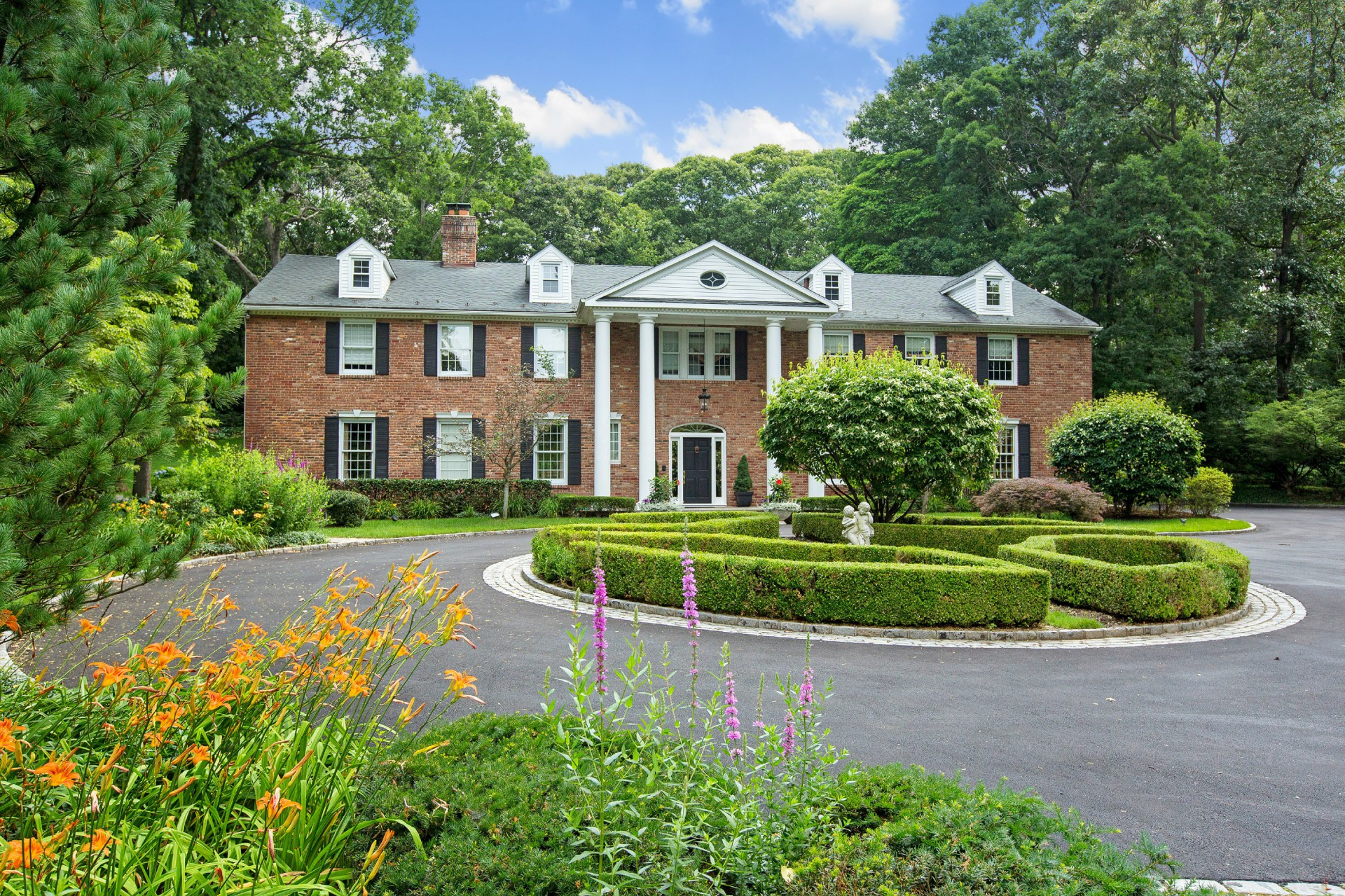 Single Family Home for Sale at Colonial 18 Rolling Hill Rd Old Westbury, New York 11568 United States