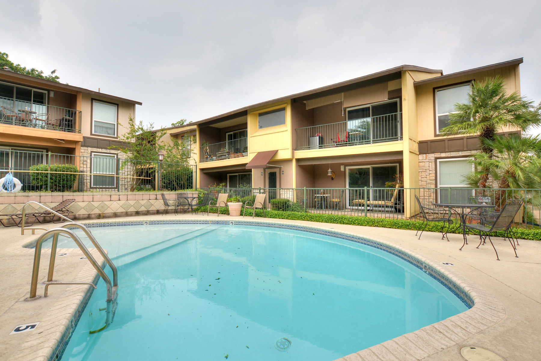 Additional photo for property listing at Fantastic Condo in Villa Dijon 100 Lorenz Rd 301 San Antonio, Texas 78209 Estados Unidos