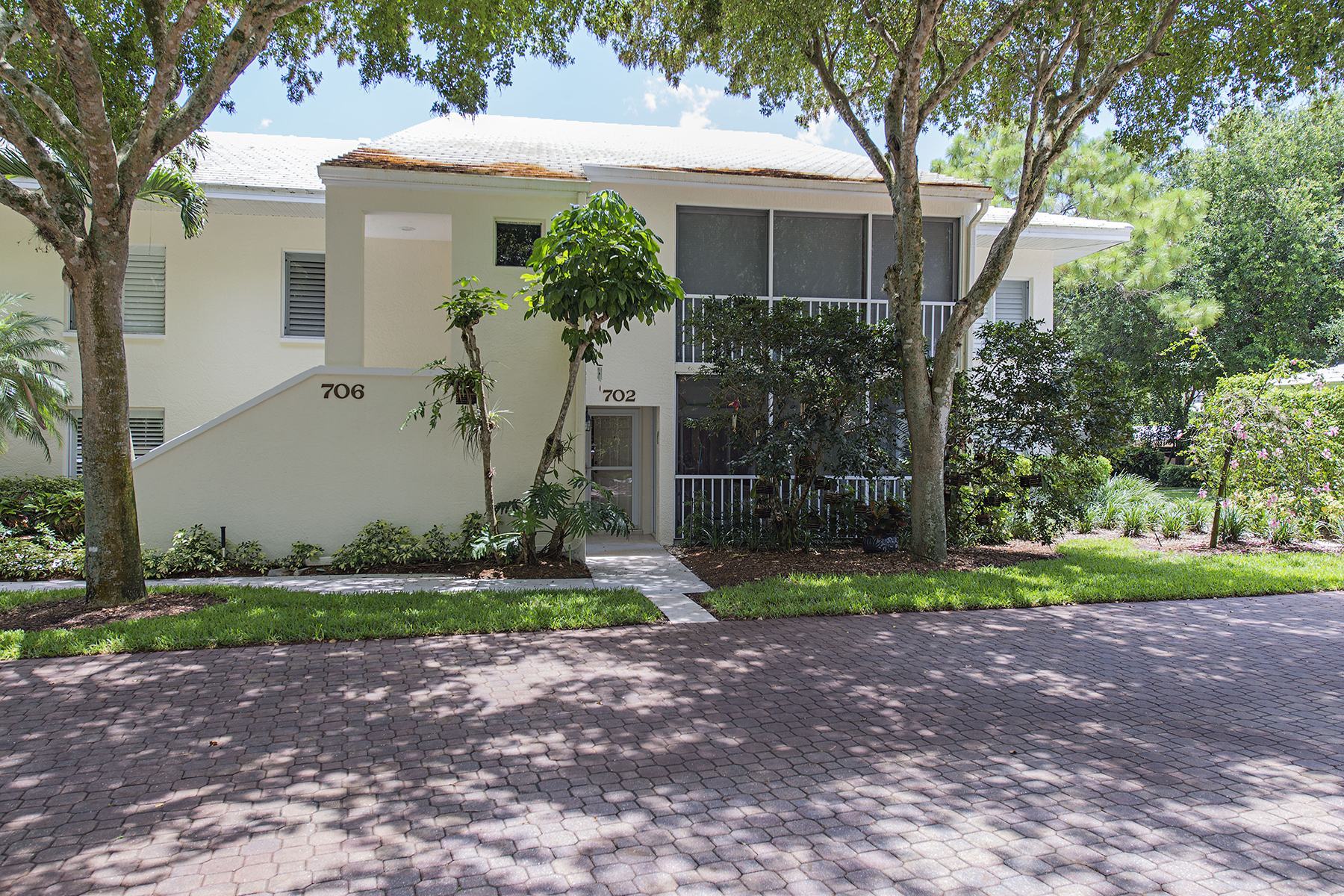 Condominium for Sale at PELICAN BAY - WILLOW BROOK 780 Willowbrook Dr 702 Naples, Florida 34108 United States