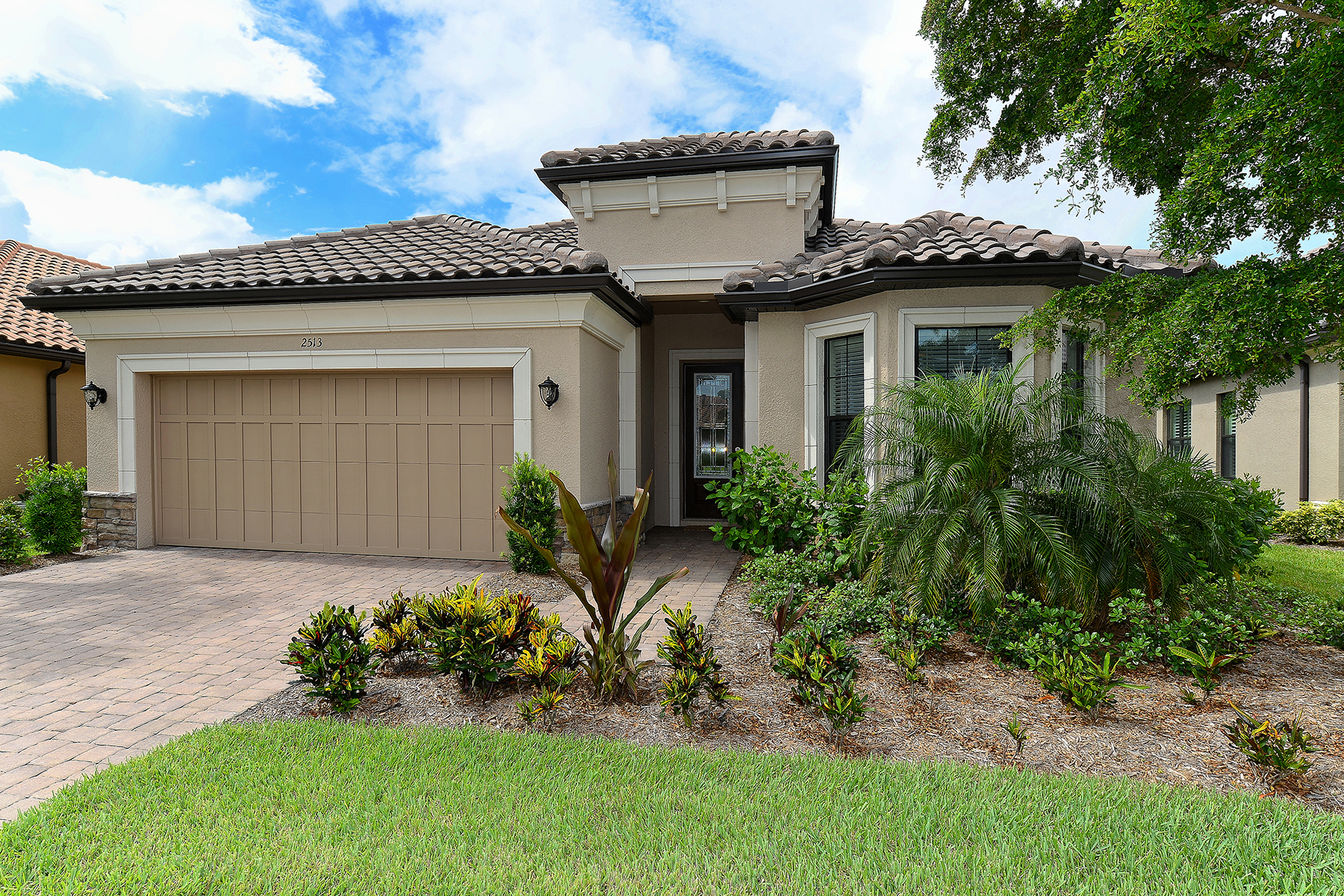 Single Family Home for Sale at ESPLANADE BY SIESTA KEY 2513 Vaccaro Dr Sarasota, Florida, 34231 United States