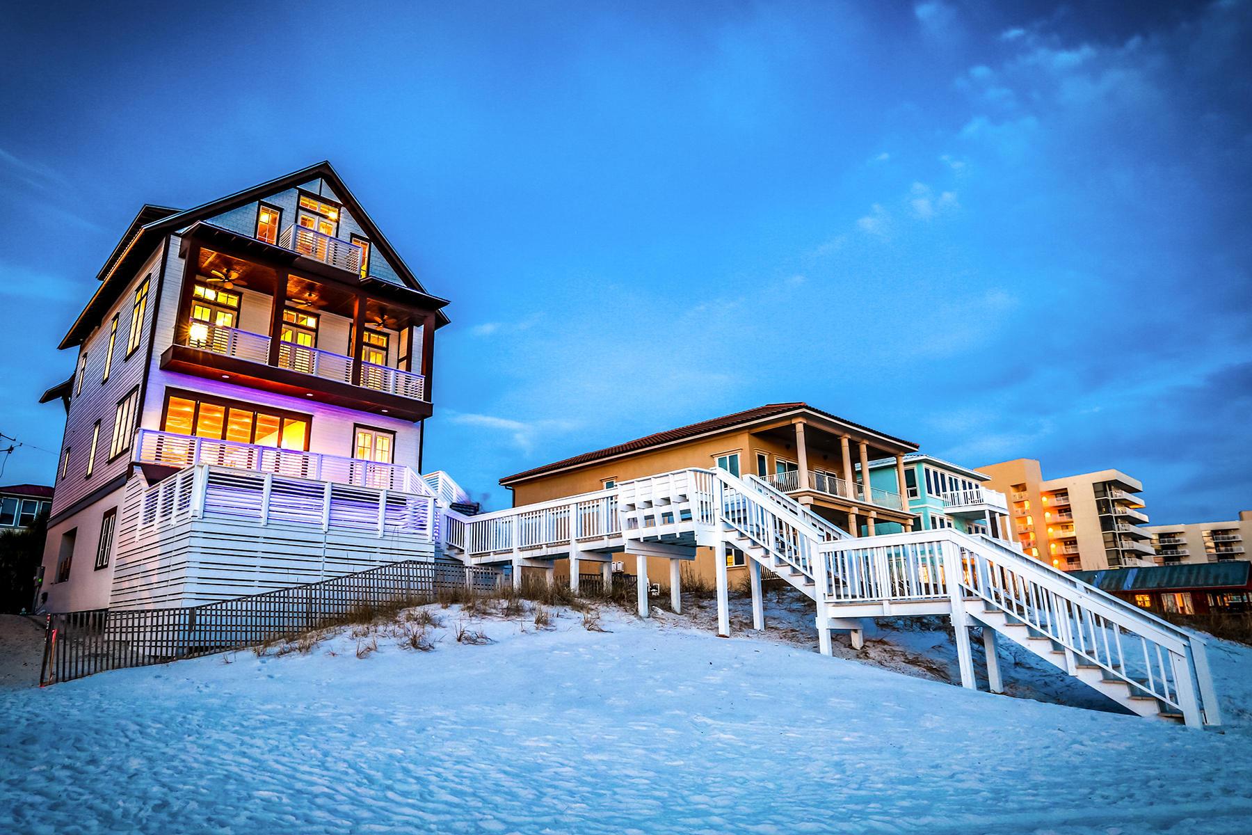 Maison unifamiliale pour l Vente à GULF FRONT MASTERPIECE IN MIRAMAR BEACH 259 Open Gulf St Miramar Beach, Florida, 32550 États-Unis
